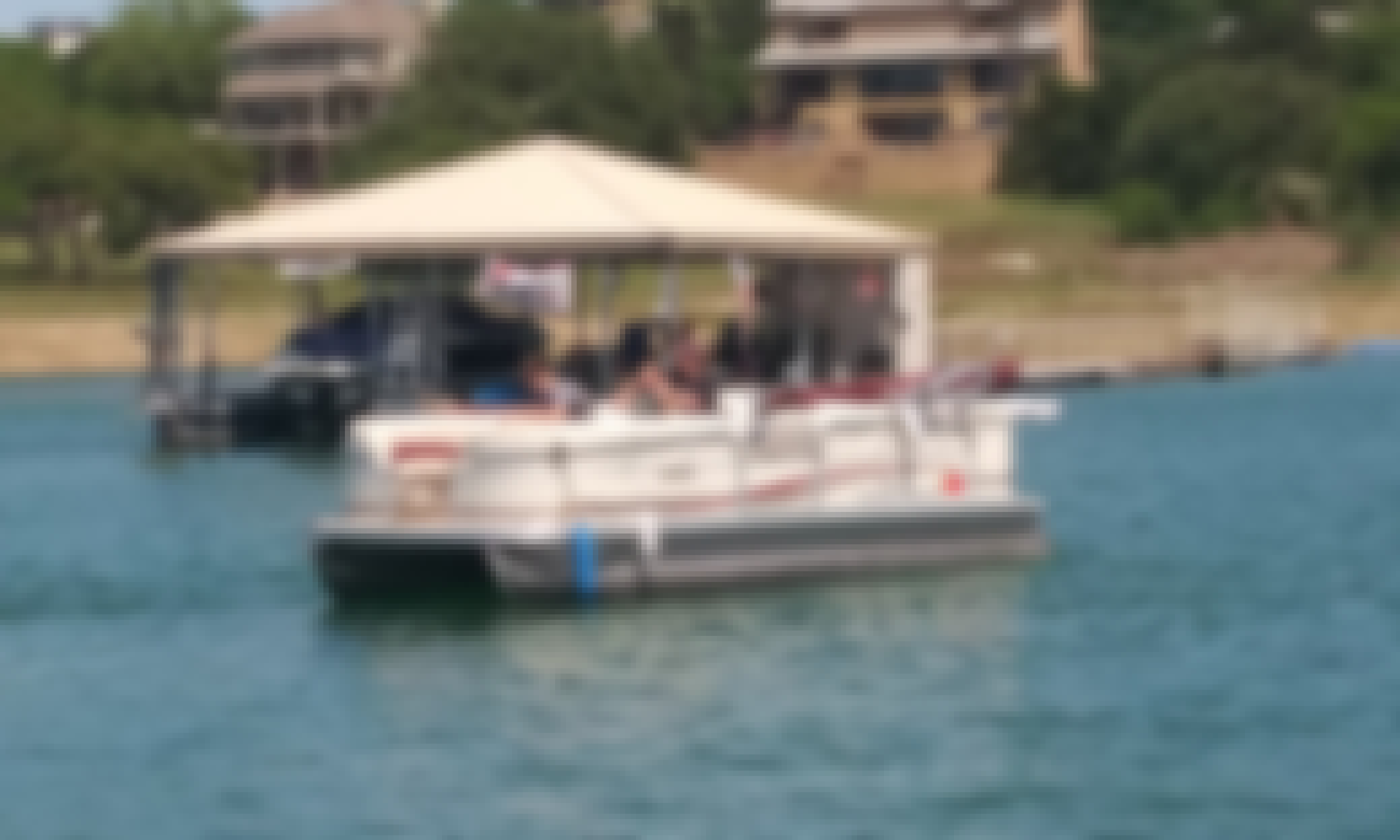 Sun Tracker Party Barge for Rent in Lago Vista