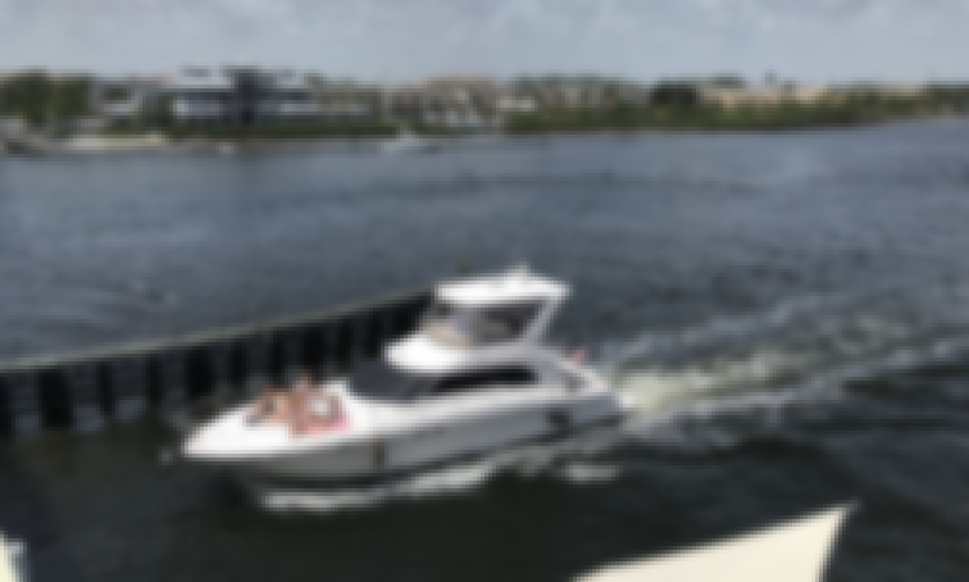 "52' Sea Ray Luxury Yacht with Captain. ""Palm Beach"" Starting $375 Per Hour"