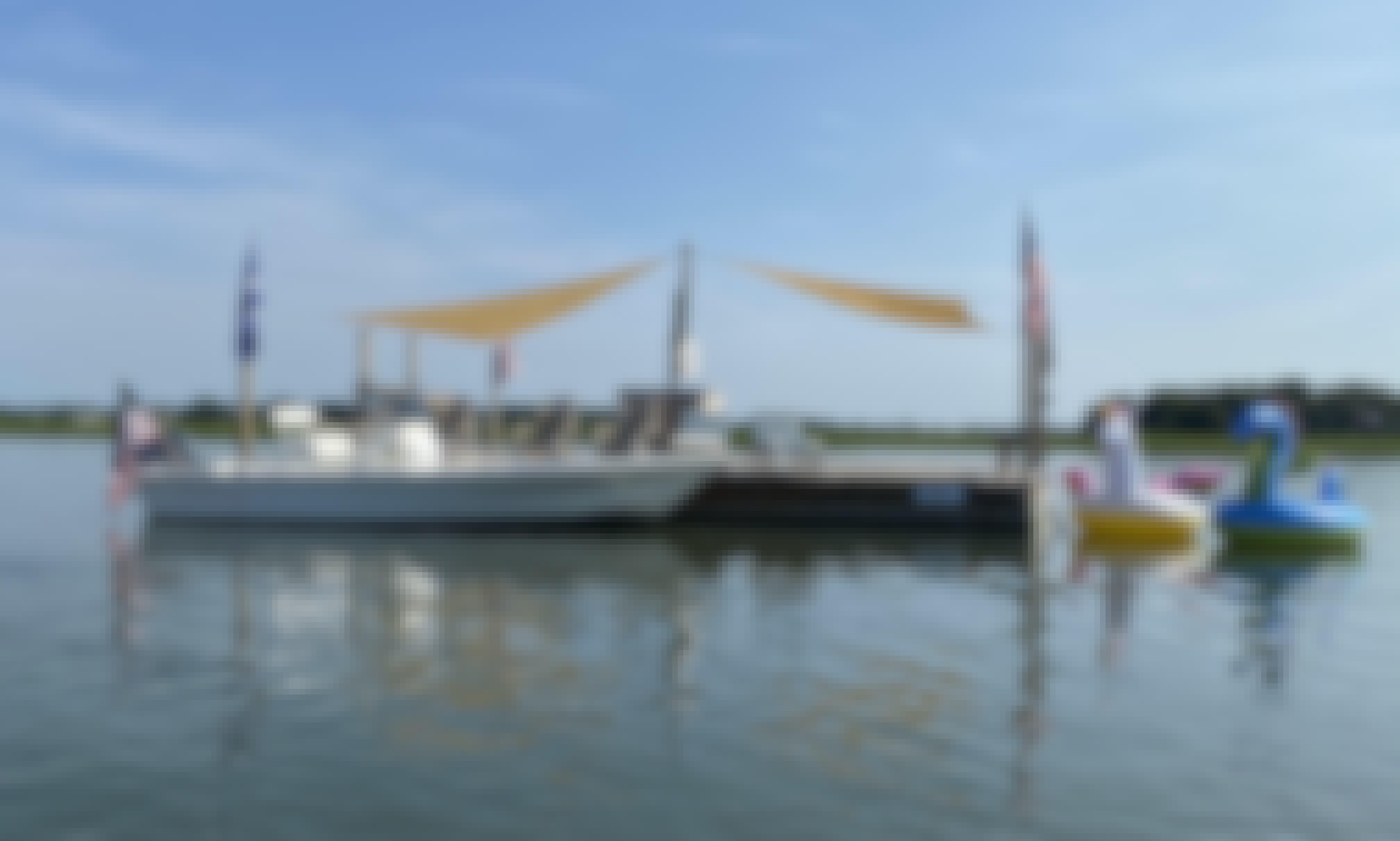 Hooley Island, boat