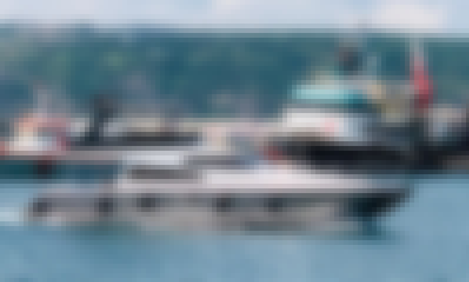 12 Person Yacht with Flybridge in İstanbul