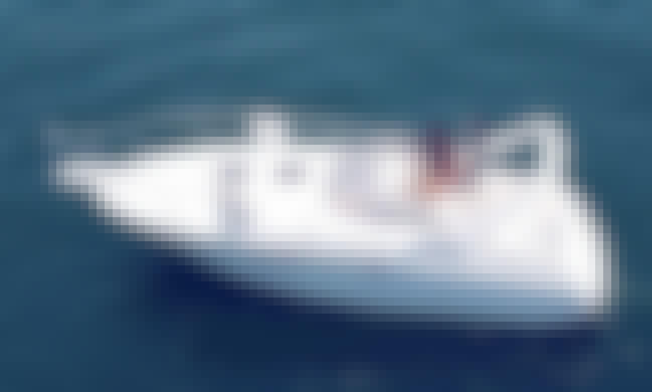 32' Larson Motor Yacht for rent in Lake Travis, Leander