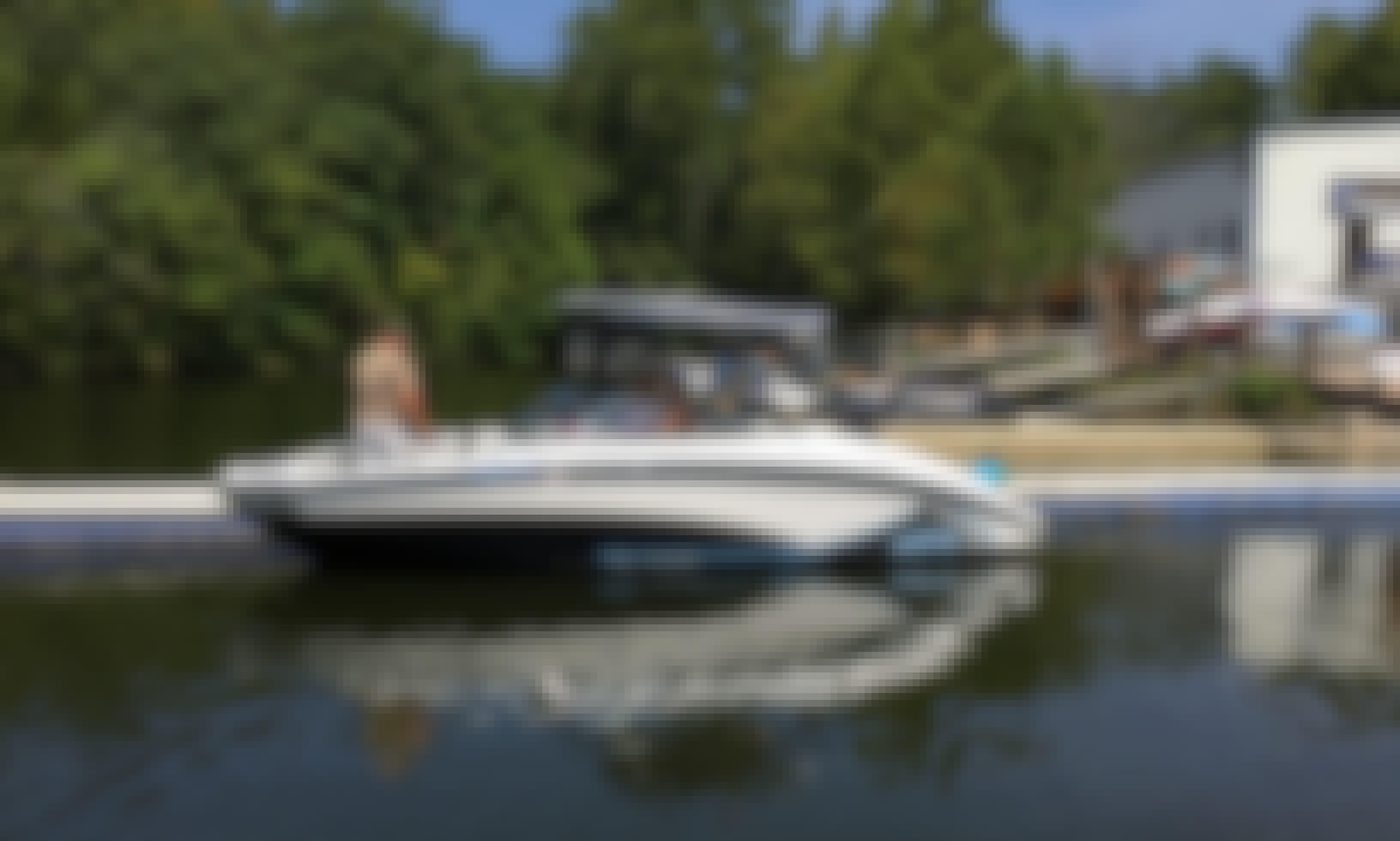Yamaha AR240 Bowrider For Rent in Table Rock Lake, Missouri