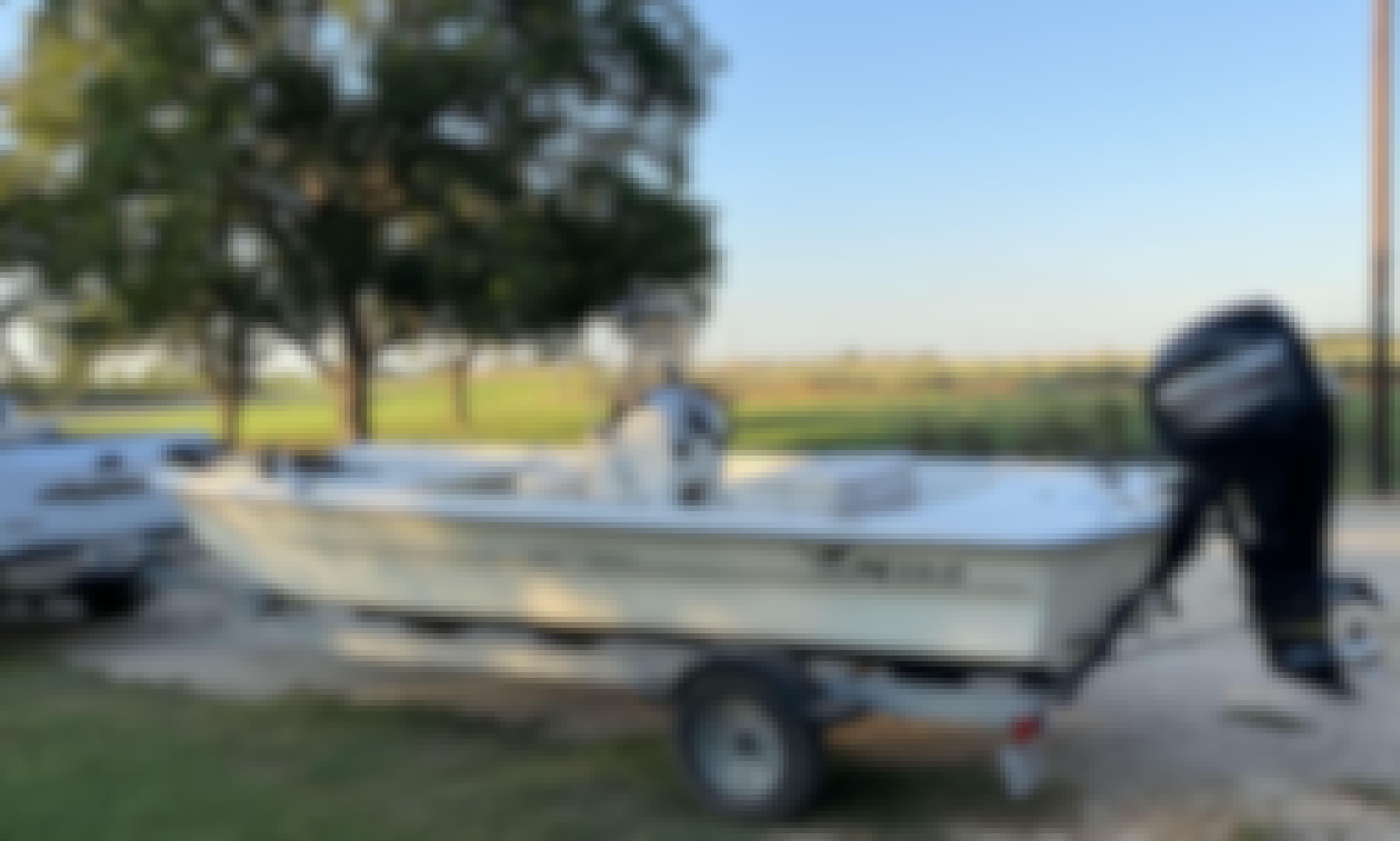 Mako Pro 17 Skiff Boat for Rent in Rosebud, Texas