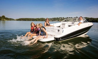 Beautiful Bayliner for Awesome Memories! Easy Fun