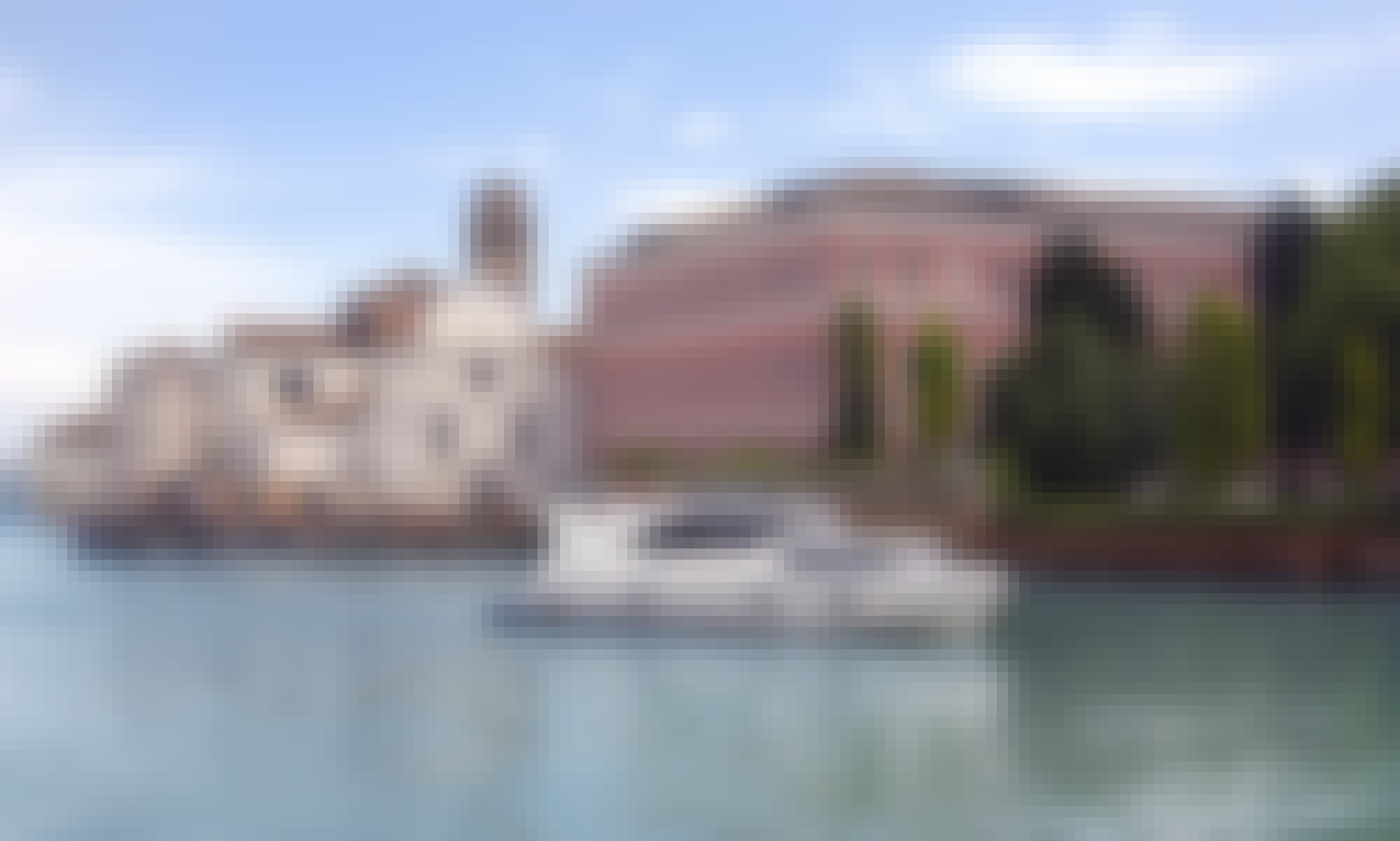 Minuetto 6+ Canal Boat Rental in Casier, Veneto