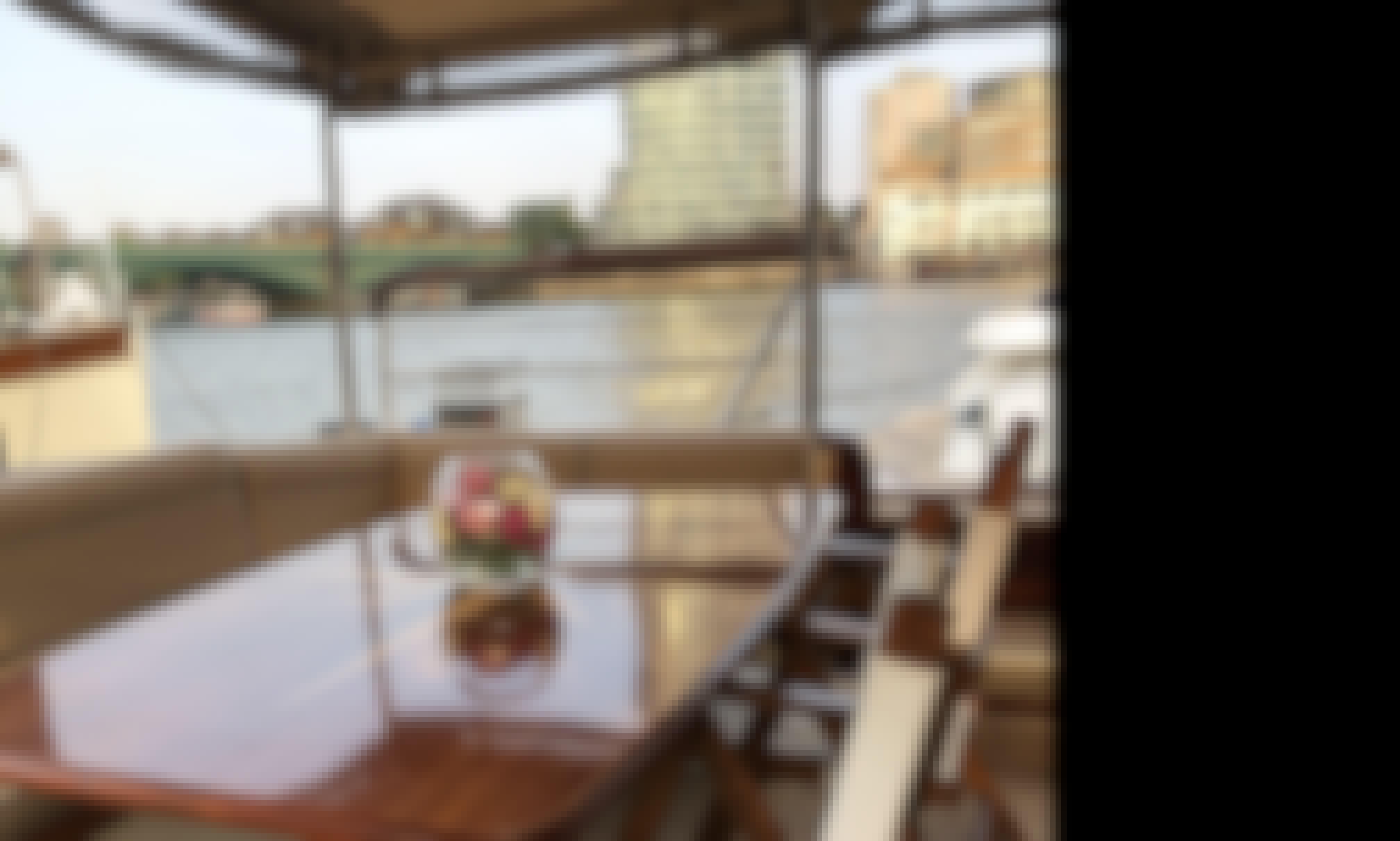 Bourne - a luxury charter yacht in Chelsea, London