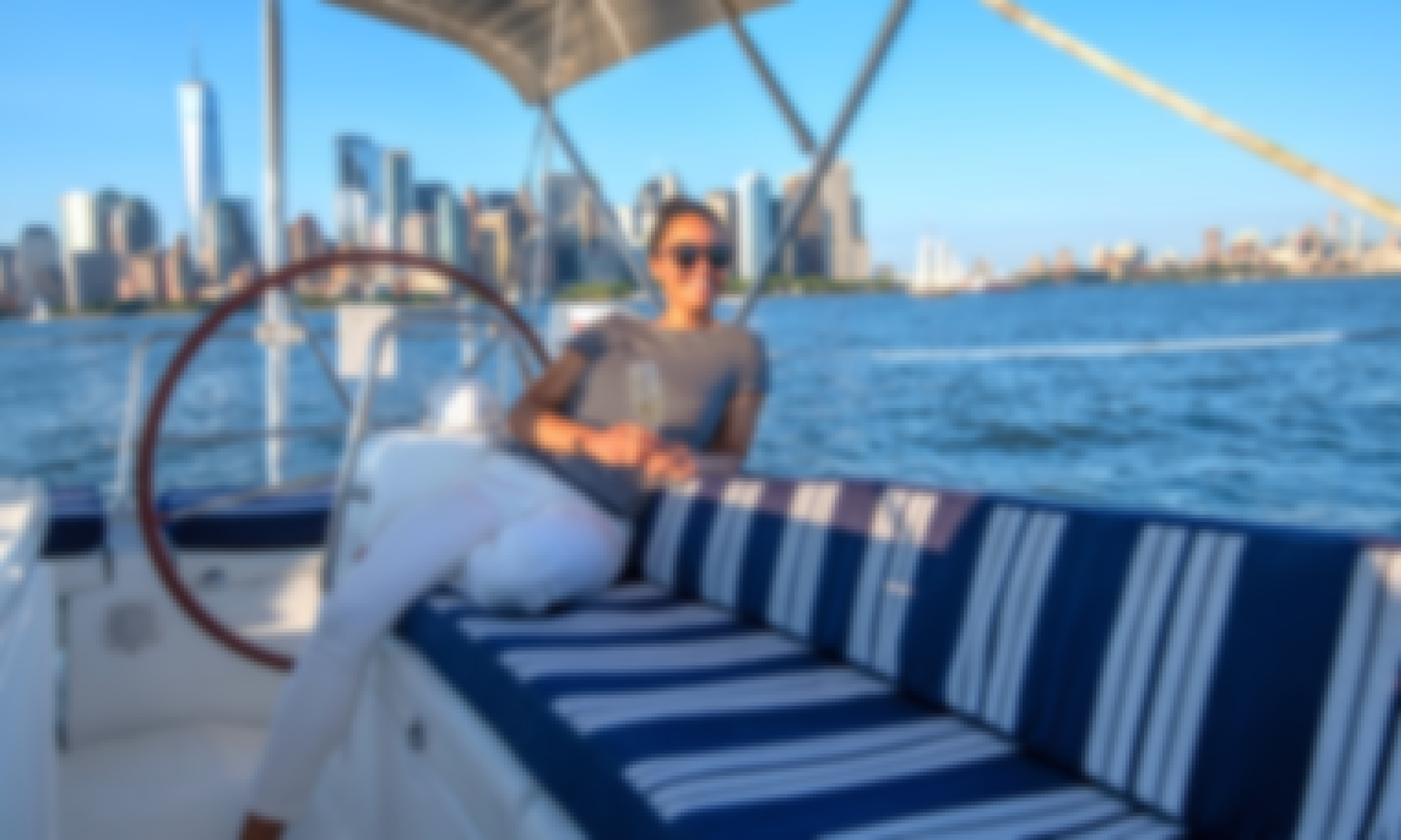 NYC Luxury Sailing to the Statue of Liberty