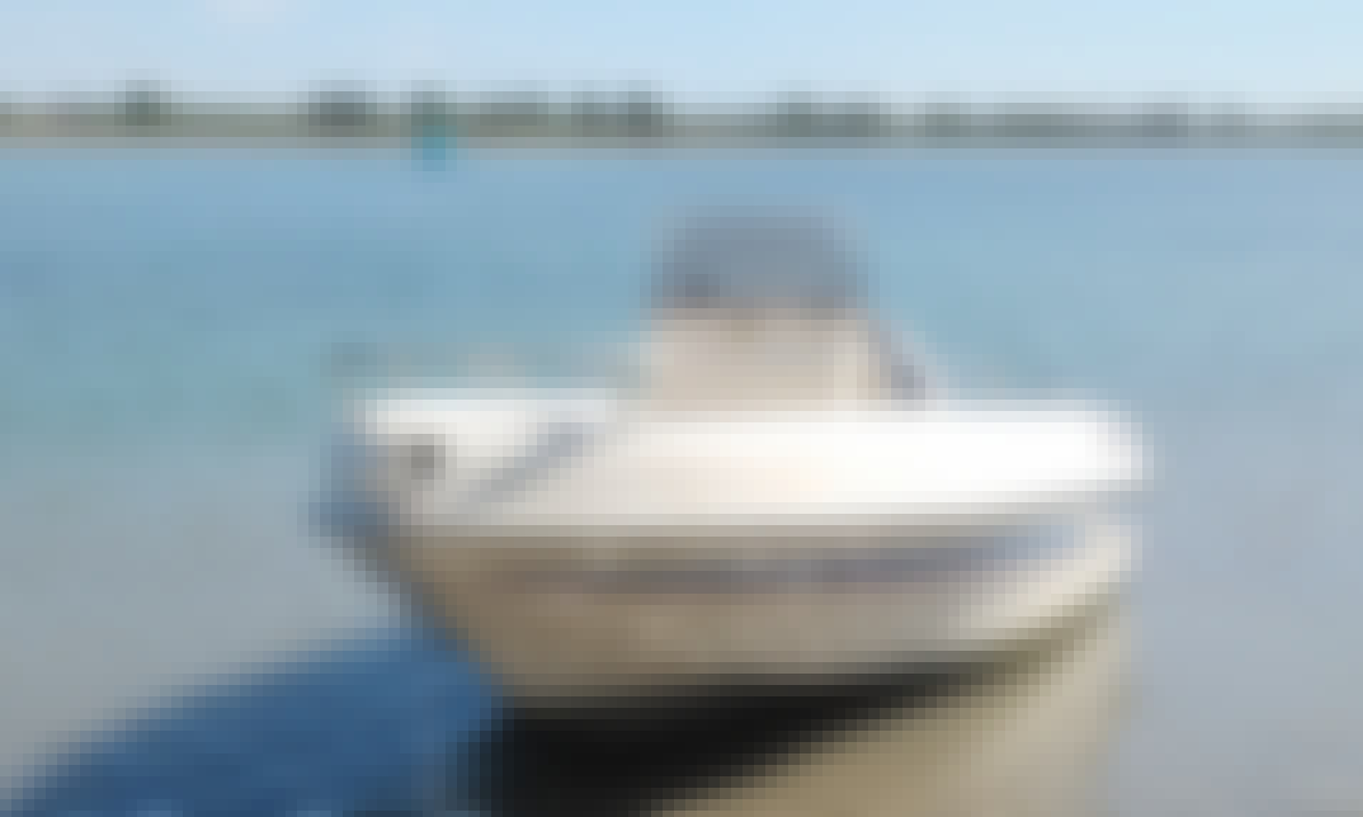 Lagoon Venice Tour on Saver Open 540 Powerboat with Skipper!