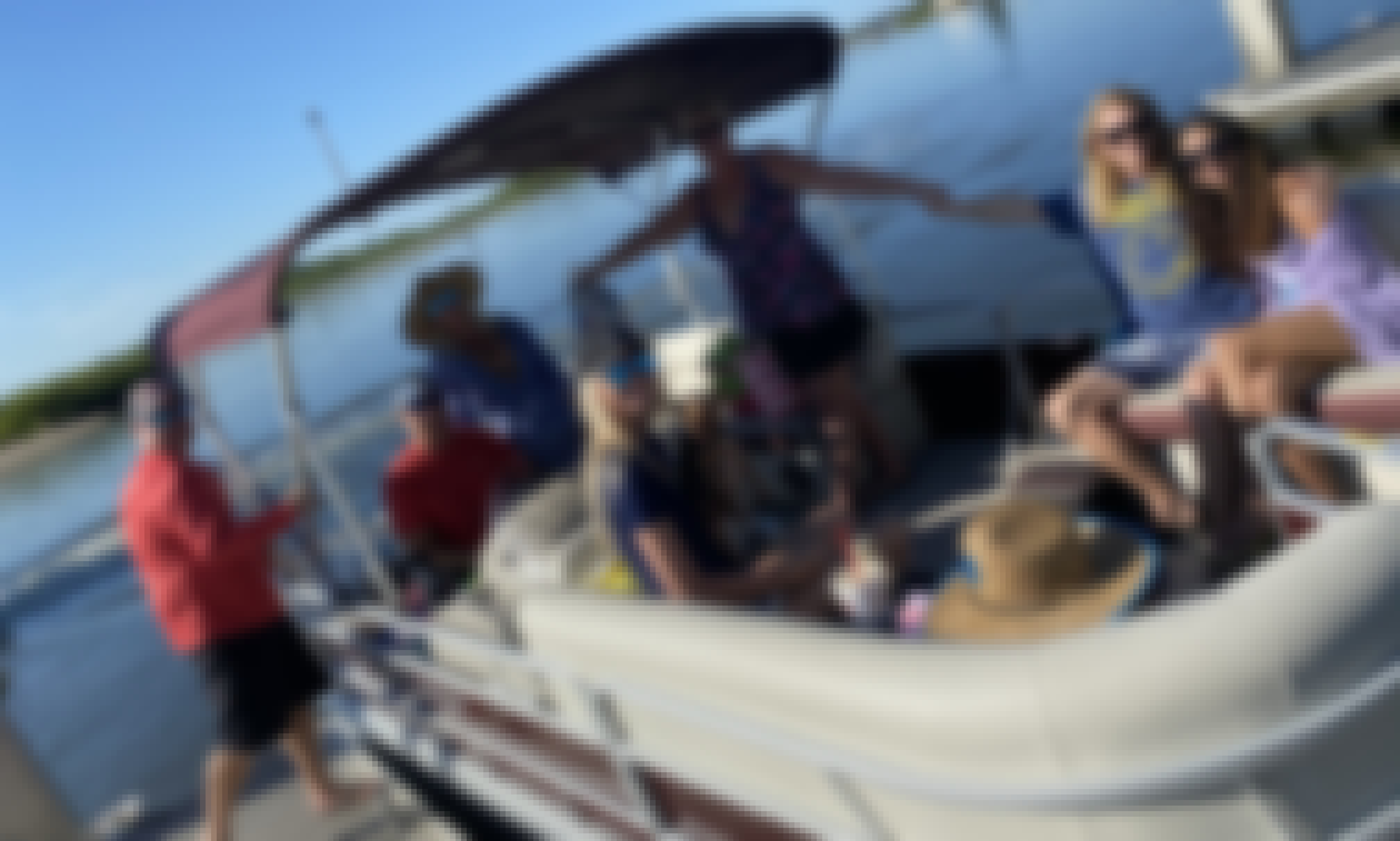 18 ft Pontoon Boat for up to 8 Persons in Daytona Beach