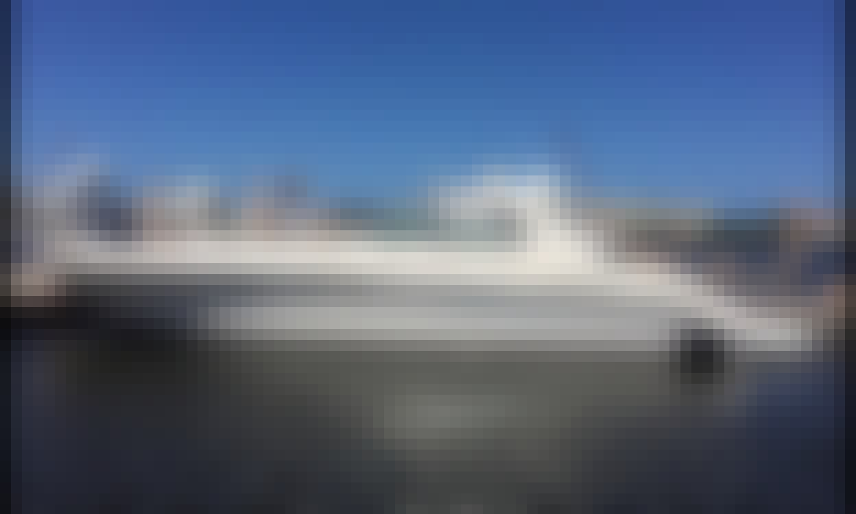 Luxury 60 Foot SeaRay SunSeeker Motor Yacht In MIami