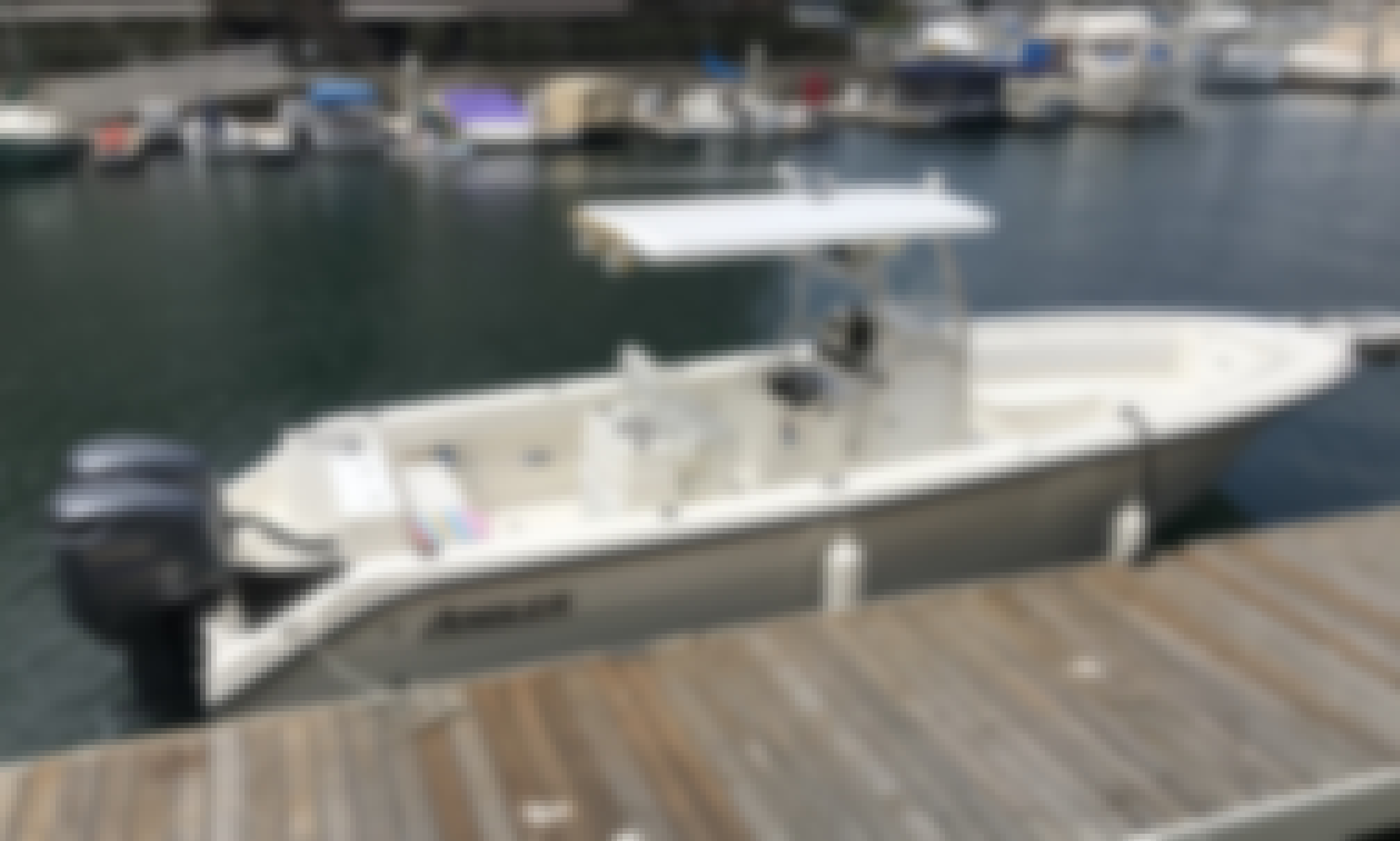 Very Roomy Angler Boat with room to walk around in Long Beach!