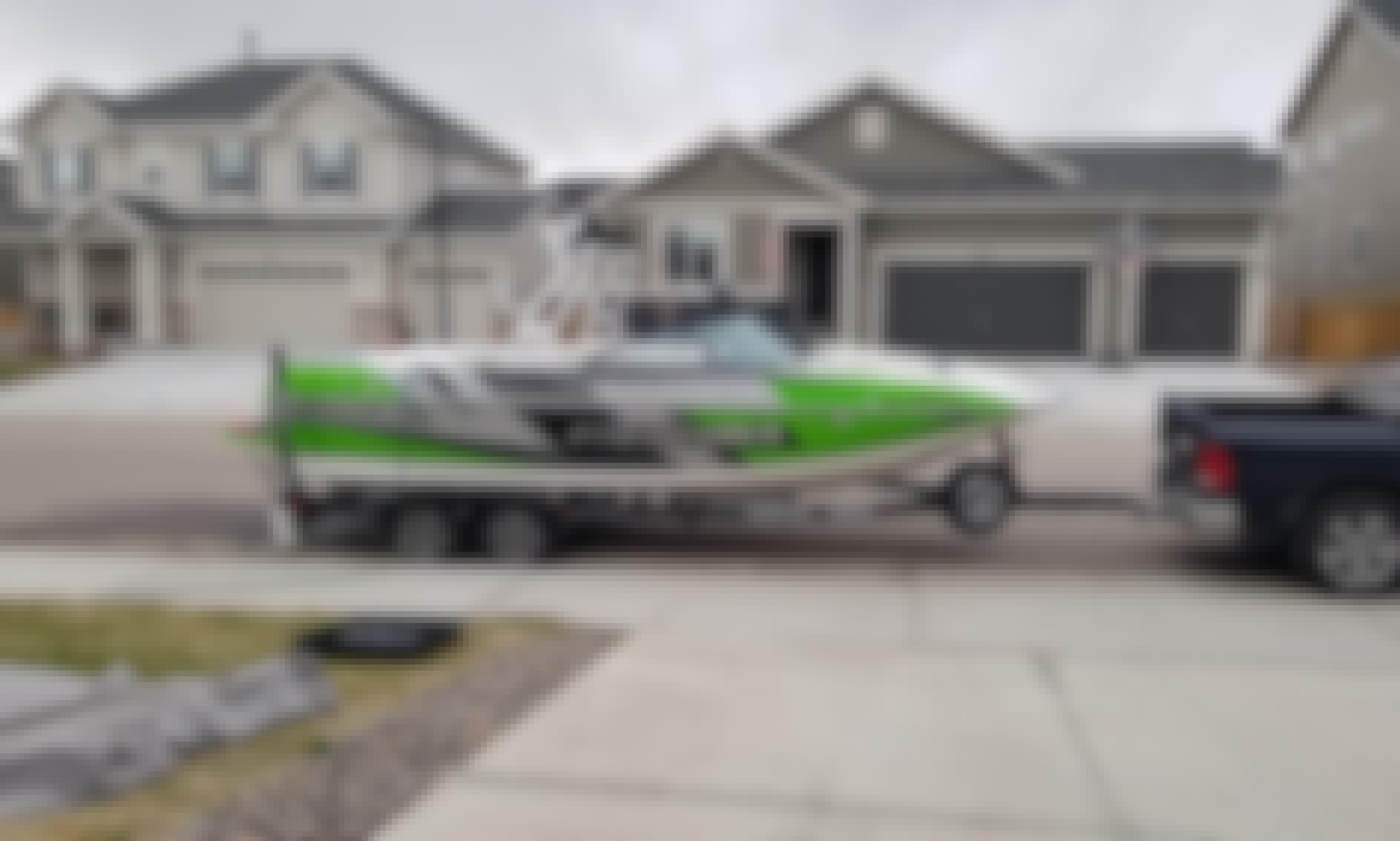 23' Moomba Mojo Wakeboat for Rent in Denver Area