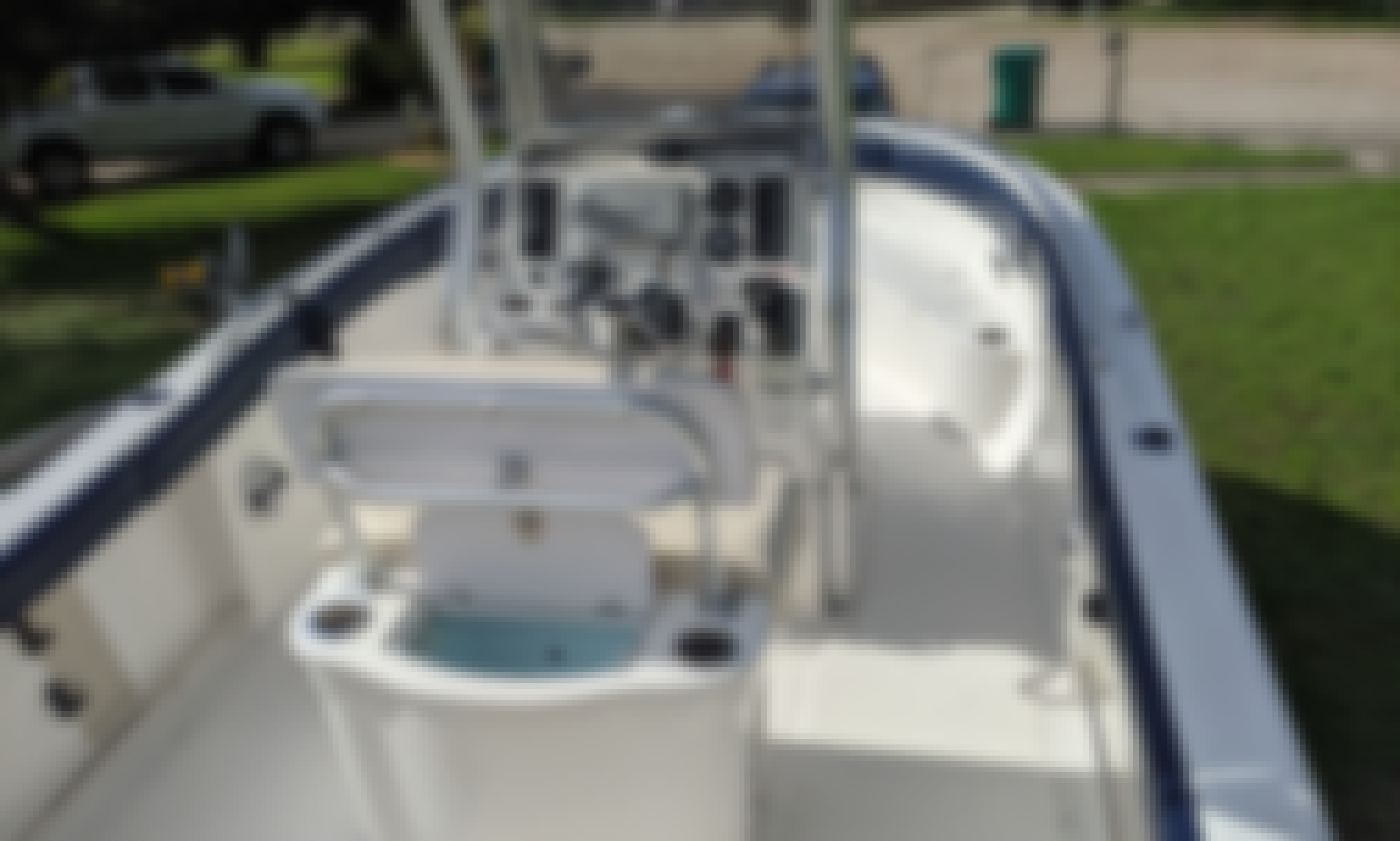 Robalo 23' Center Console Fishing in Destin, Florida