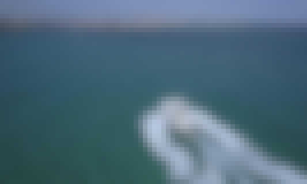 40' Sportfisher Fishing Charter for 6 People in Destin, Florida!