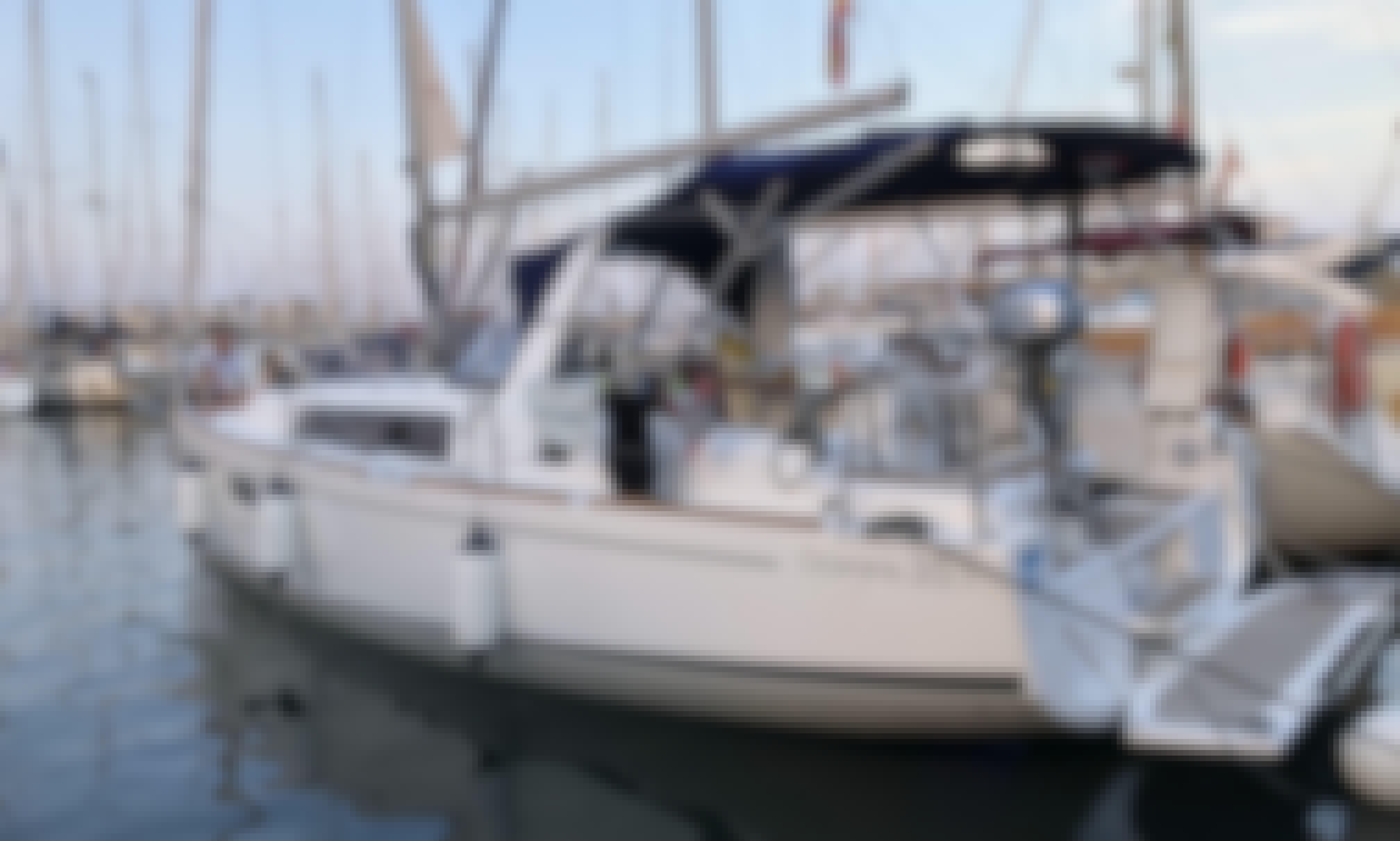 """Beneteau Oceanis 35.1 """"Nemo"""" Brand New Rental in Barcelona"""