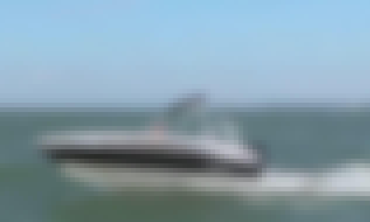 Bayliner wakeboard boat in Highlands Ranch