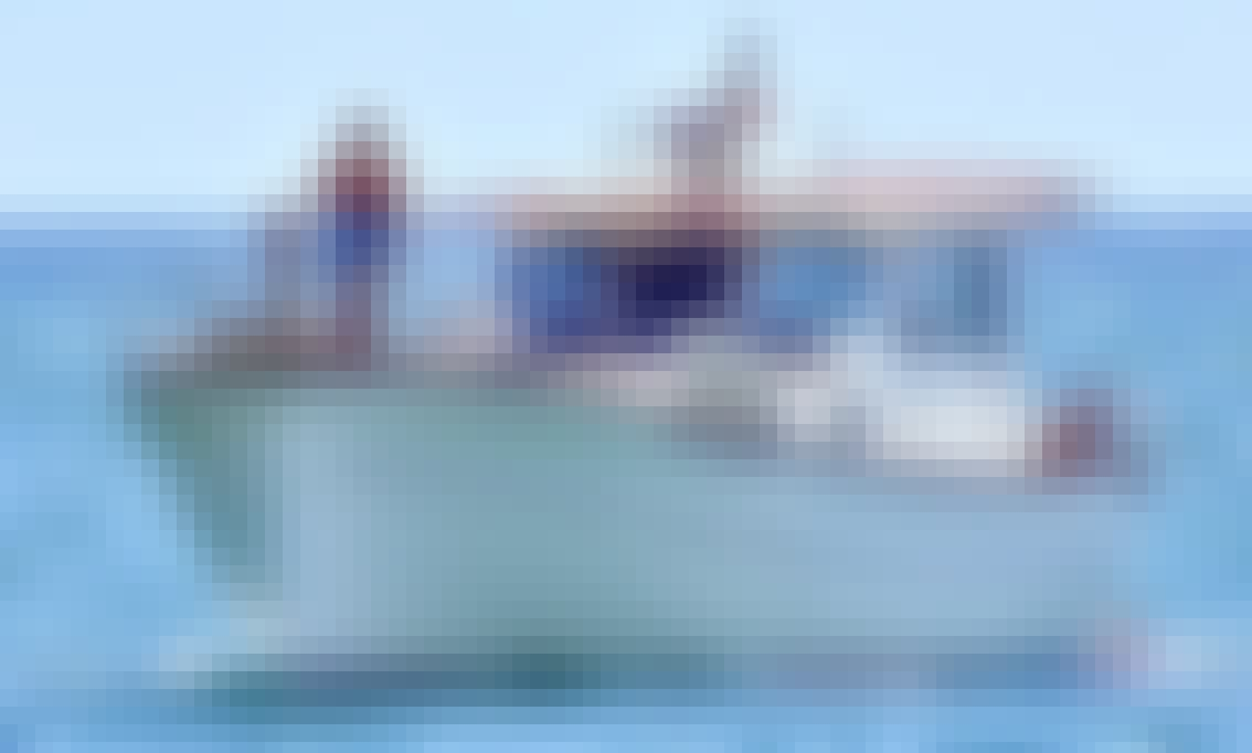 Charter Mernorquin Yacht in Portimão, Algarve, Portugal