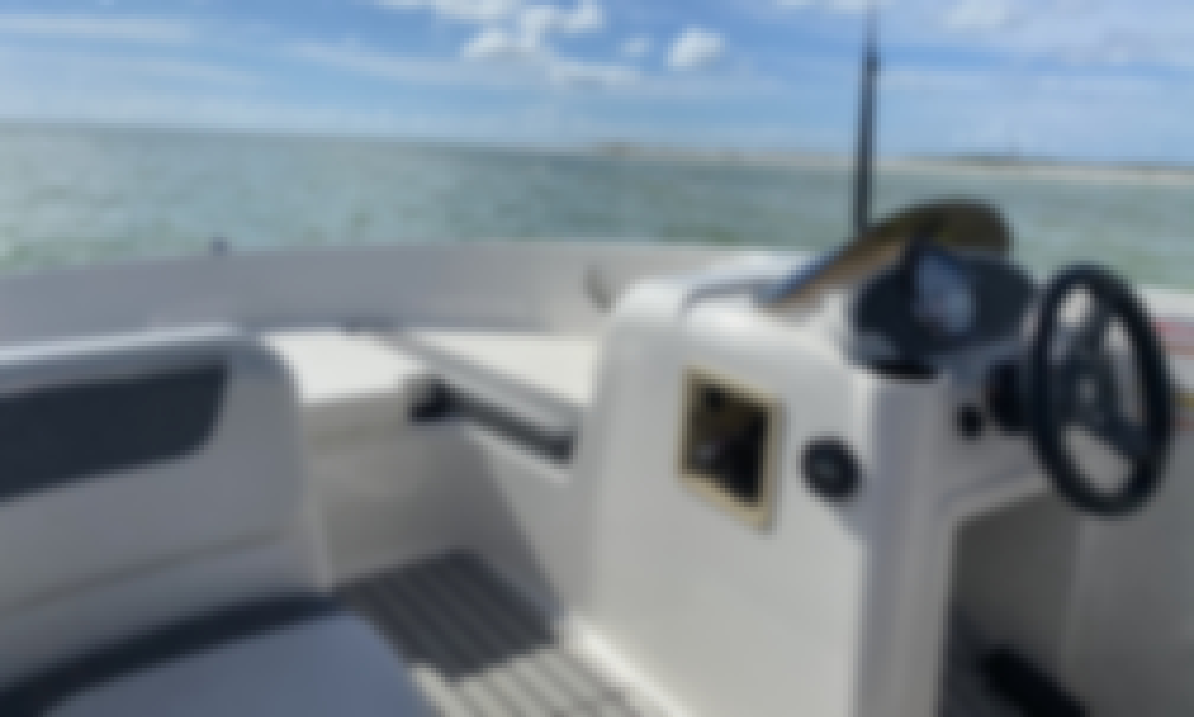 BRAND NEW 2020 Bayliner Deck Boat in Tarpon Springs, Clearwater, and Tampa, FL