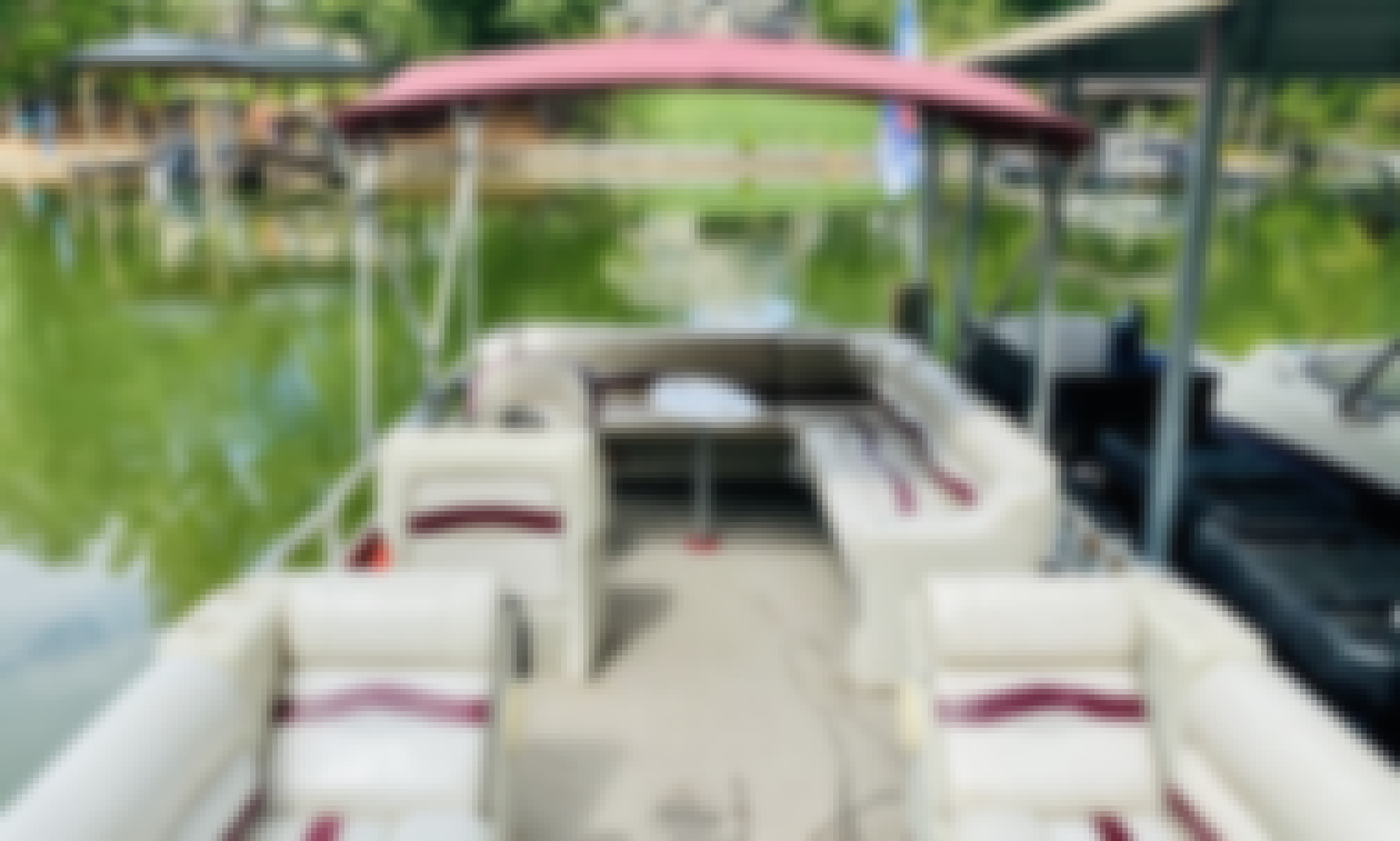 Awesome 12 Passenger Pontoon Boat For Rent in Huntersville