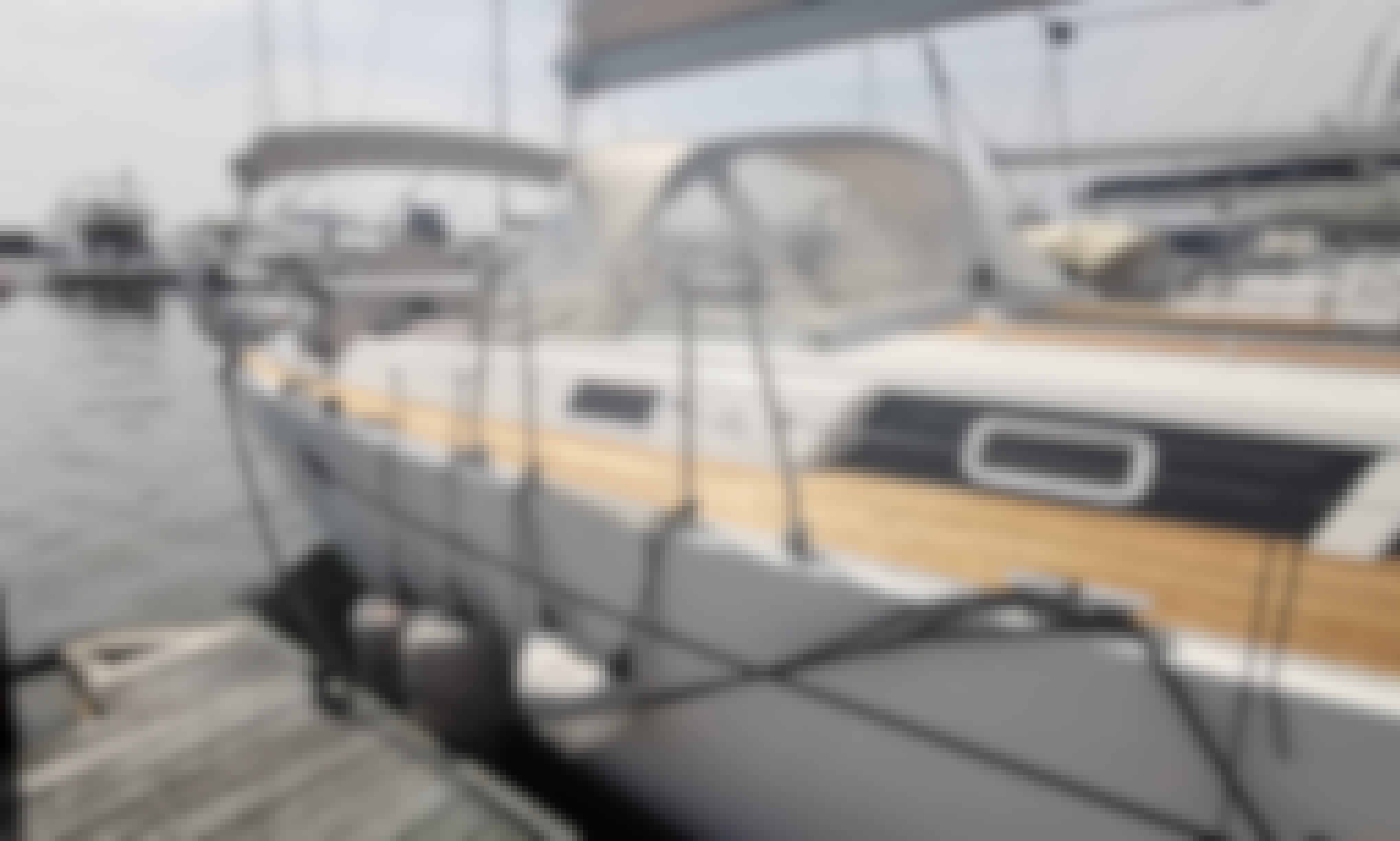 Hanse 470e Sailing Charter in Cascais, Lisboa