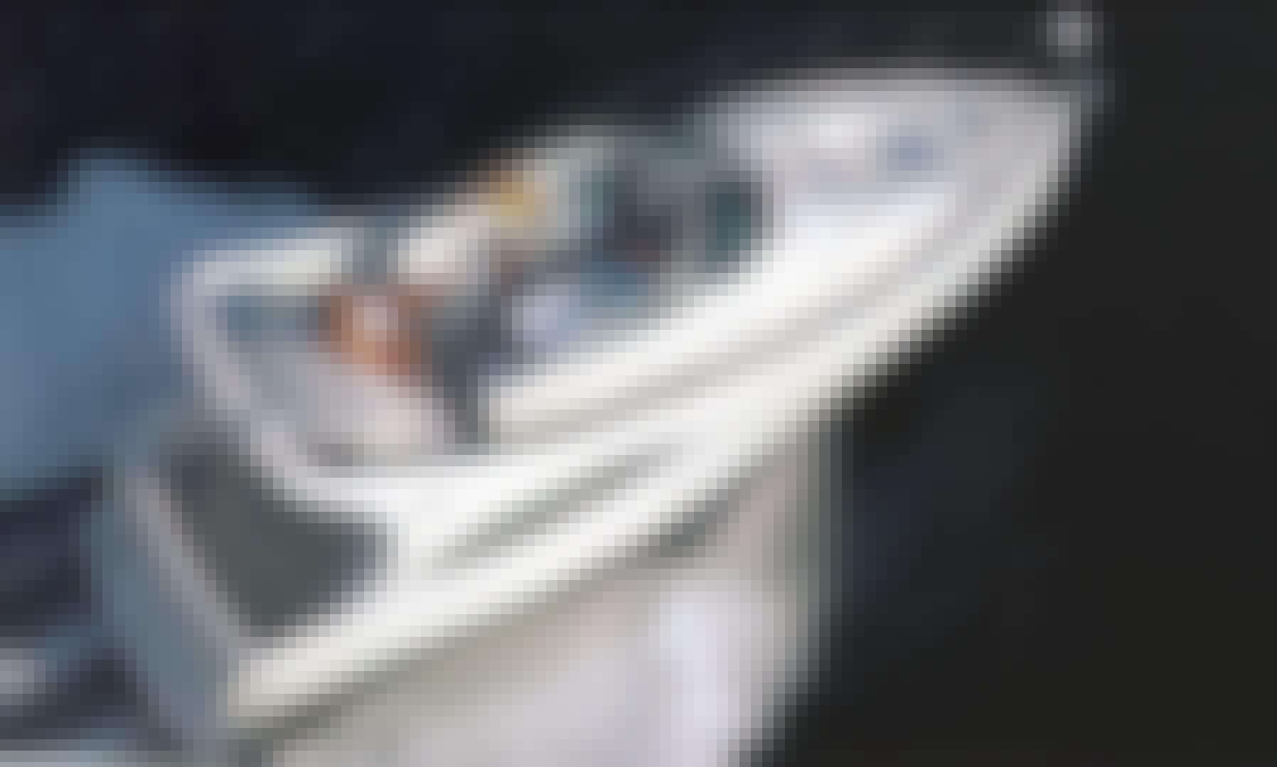 Spacious Luxury Motor Yacht Rental in Washington DC