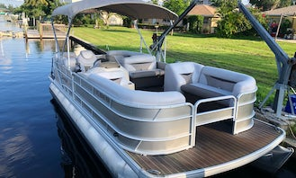 2018 Godfrey Sweetwater 23' Pontoon Available Throughout All SWFL