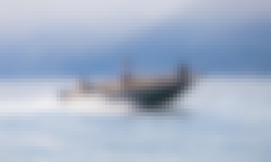 Private Boat Tour aboard the Invictus 190FX Powerboat in Como