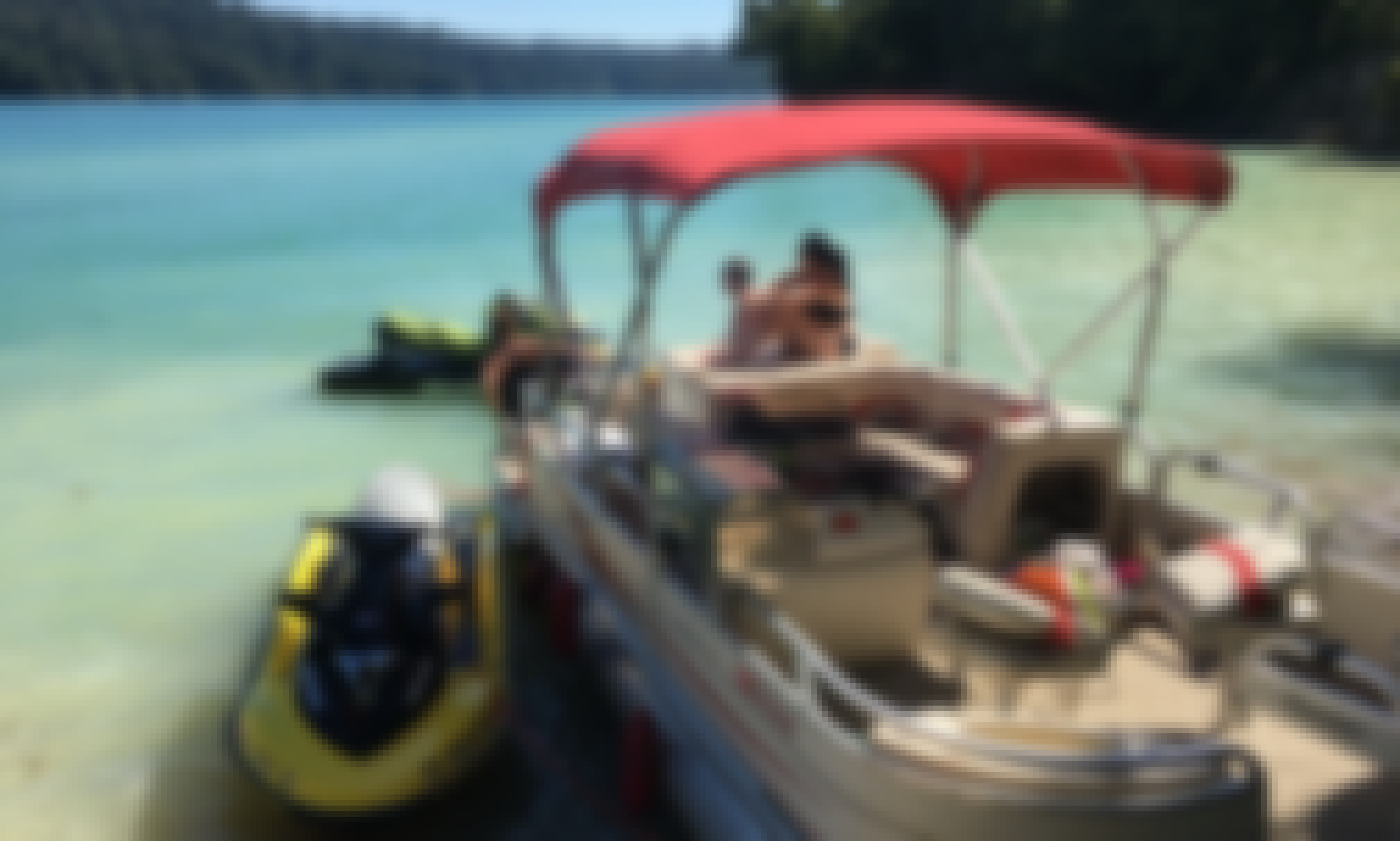 Sun Tracker Fishing Barge for Rent in Yuba City Area