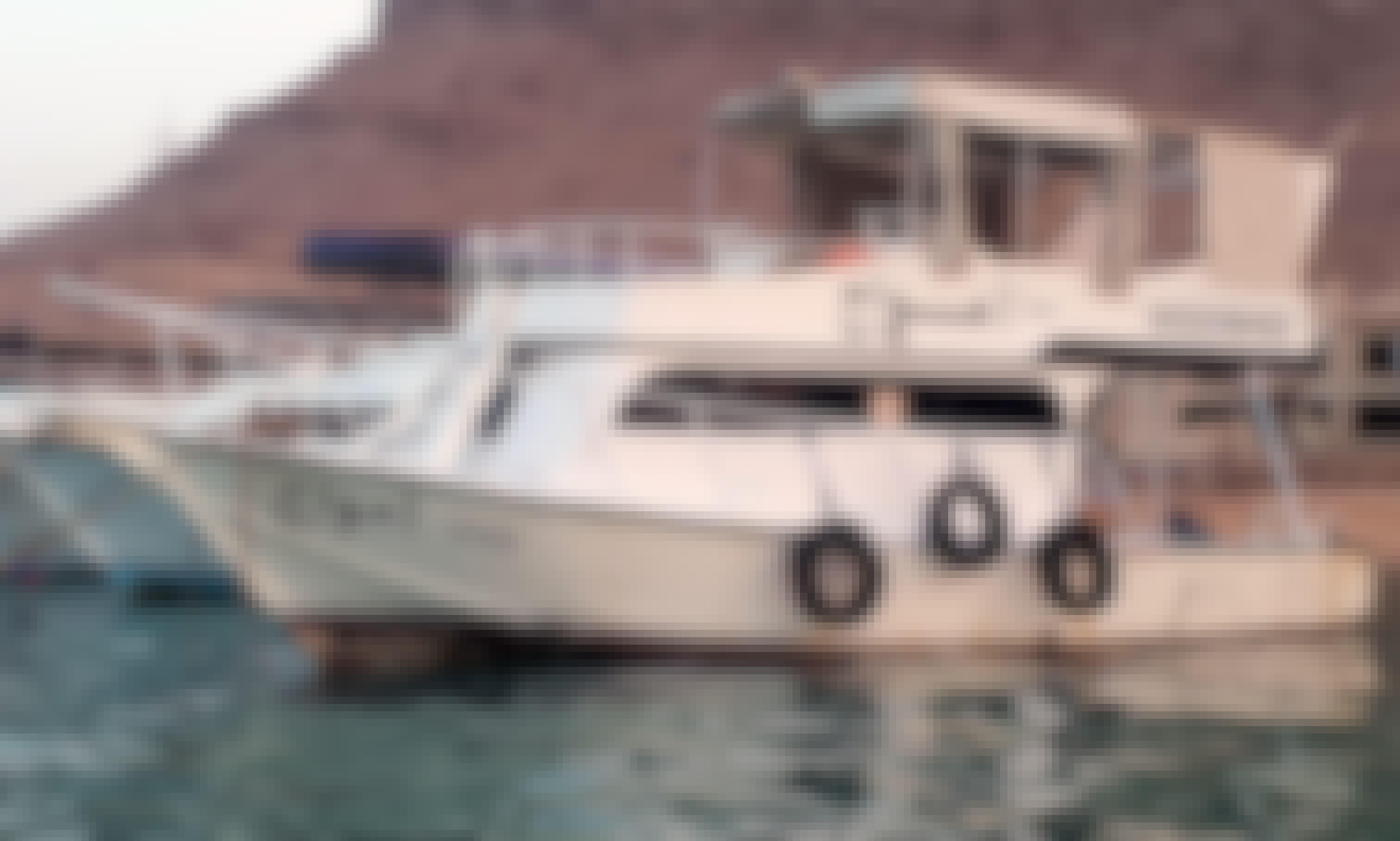 Boat for rent in Elsokhna 8 passengers