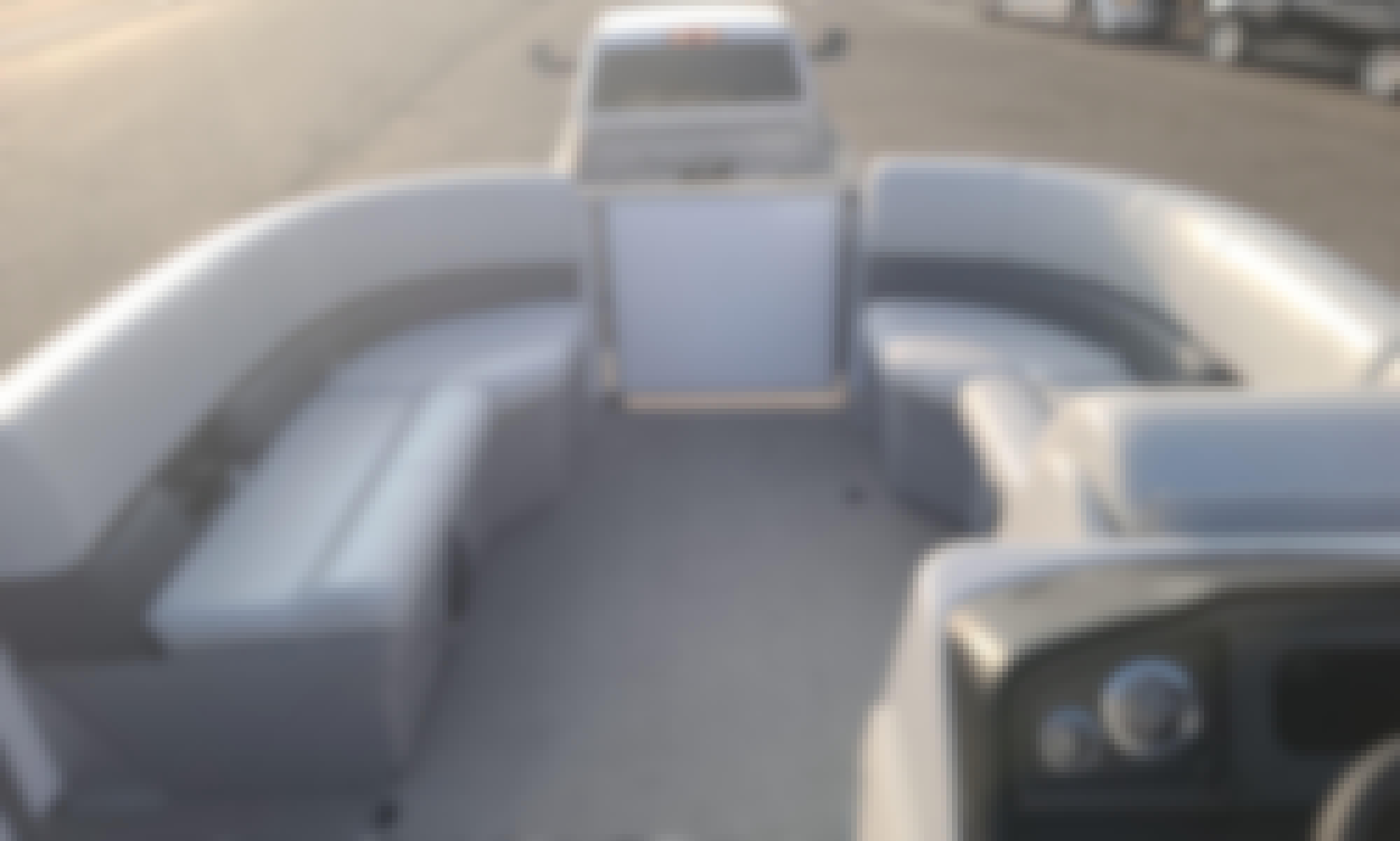 12 People Bentley Pontoon for Rent in Parker, Arizona