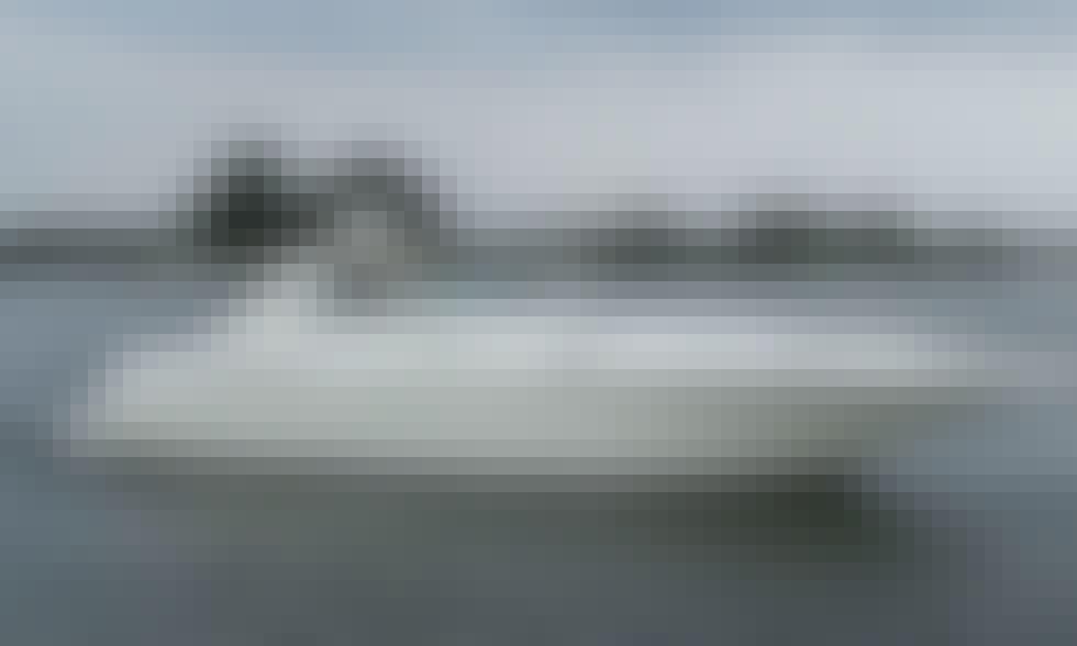 Sea Ray 450 Sundancer Luxury Cruising Yacht in Washington, DC