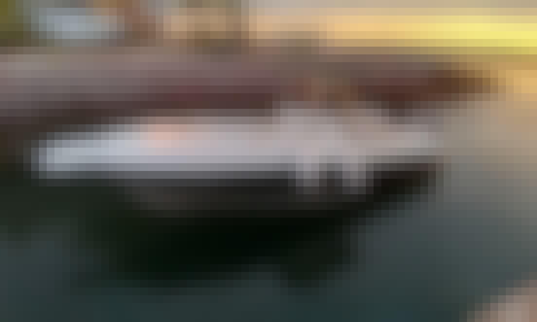 """Ohana"" Sport Fishing Boat for 8 People in La Paz, Baja California Sur"