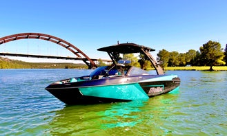 New Malibu 23 LSV Wakeboat for Rent in Austin, Texas!!