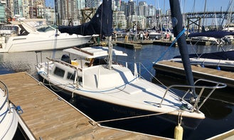 Learn to sail a Catalina 22 in Vancouver, BC