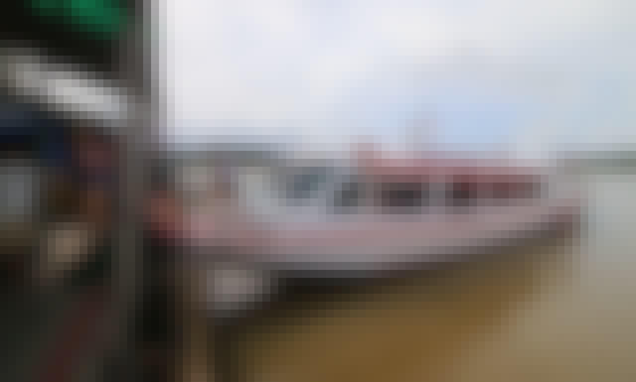 44 Person Boat for Rental in Amazonas, Brazil