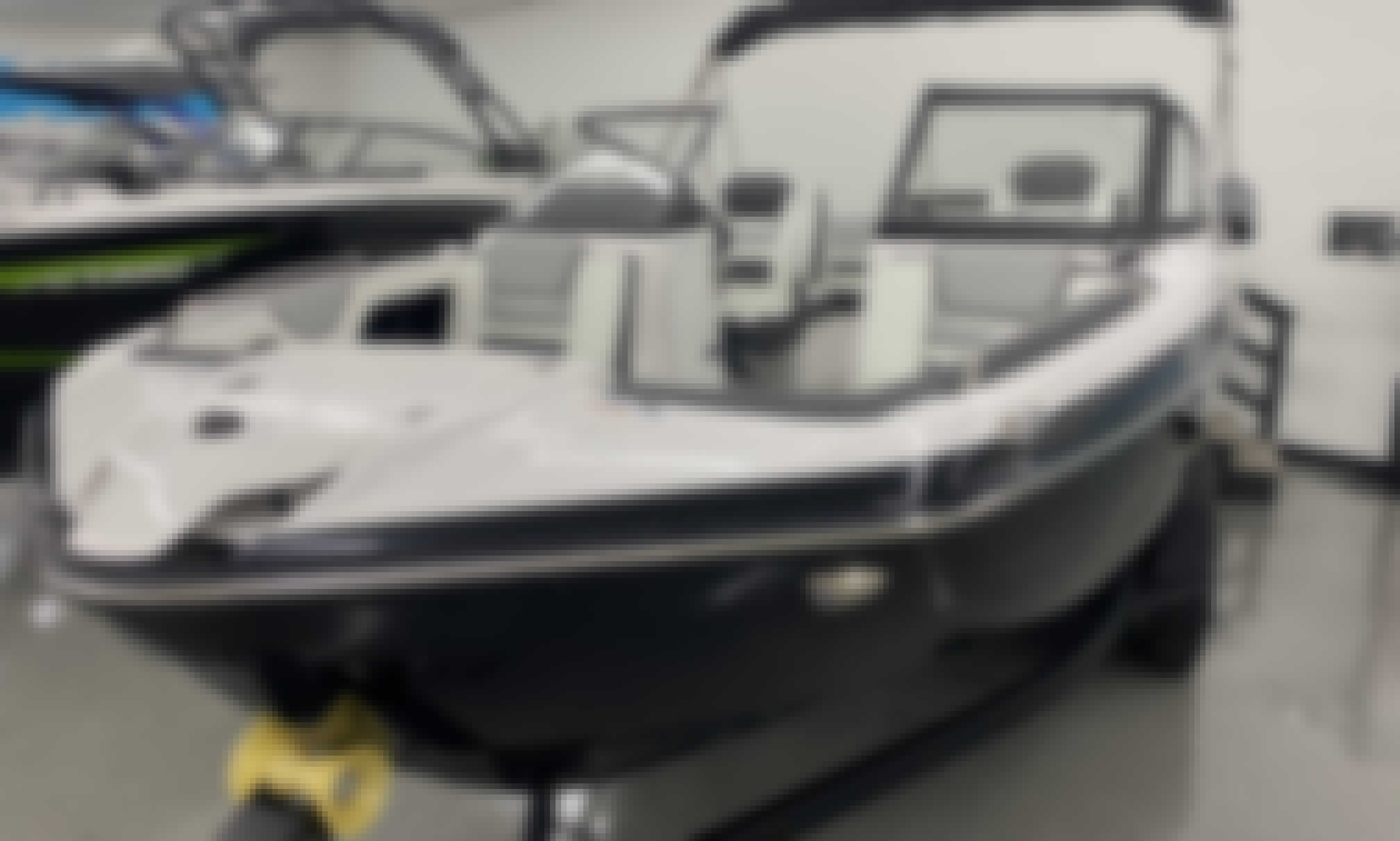 Cruise the lake in style on this 2021 Yamaha Boat!