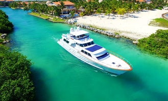 80' Private Motor Yacht For Rent in Playa del Carmen