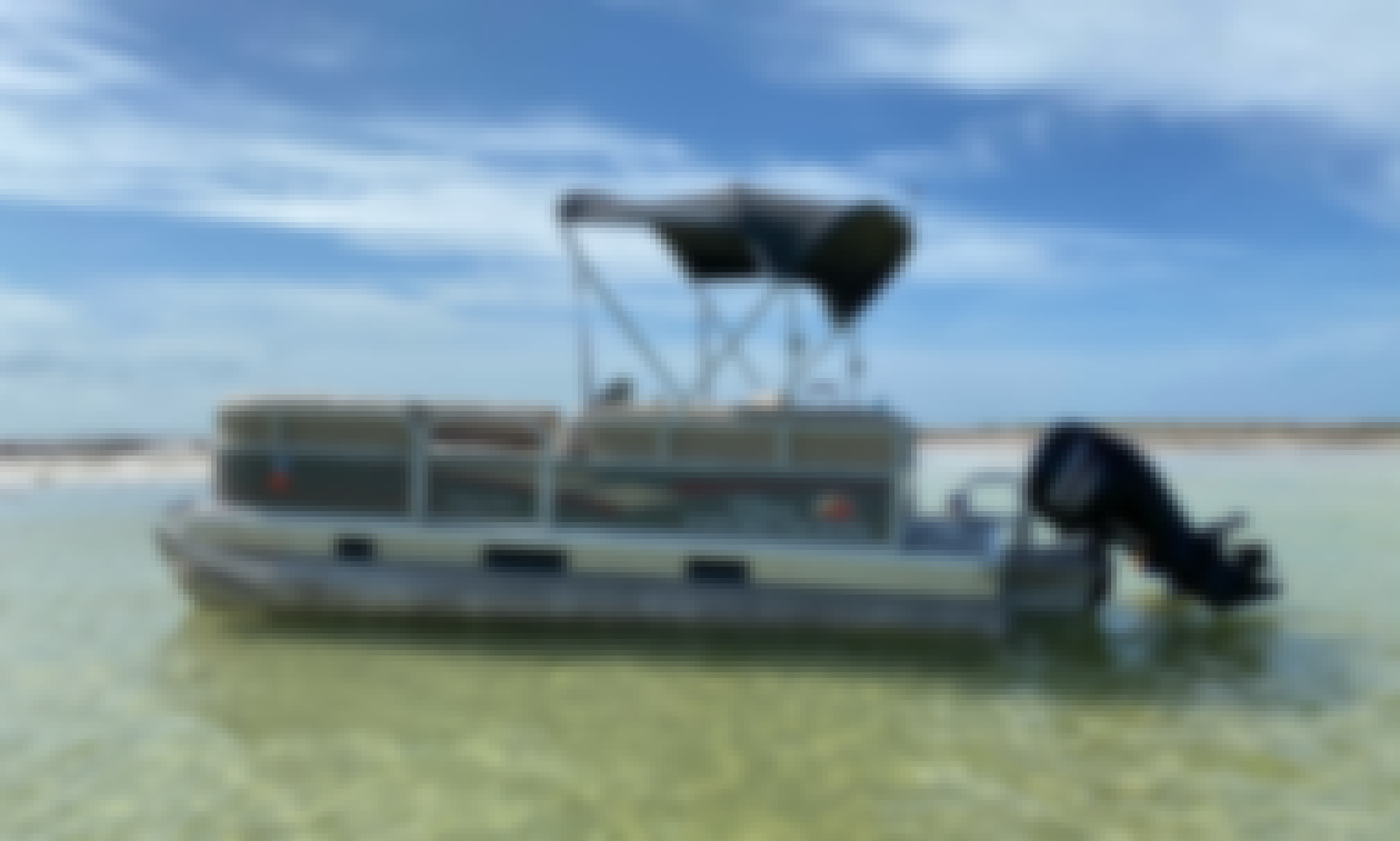 New 18' Sun Tracker Party Barge DLX Pontoon for rent in Clearwater Beach, Tarpon Springs, and Tampa