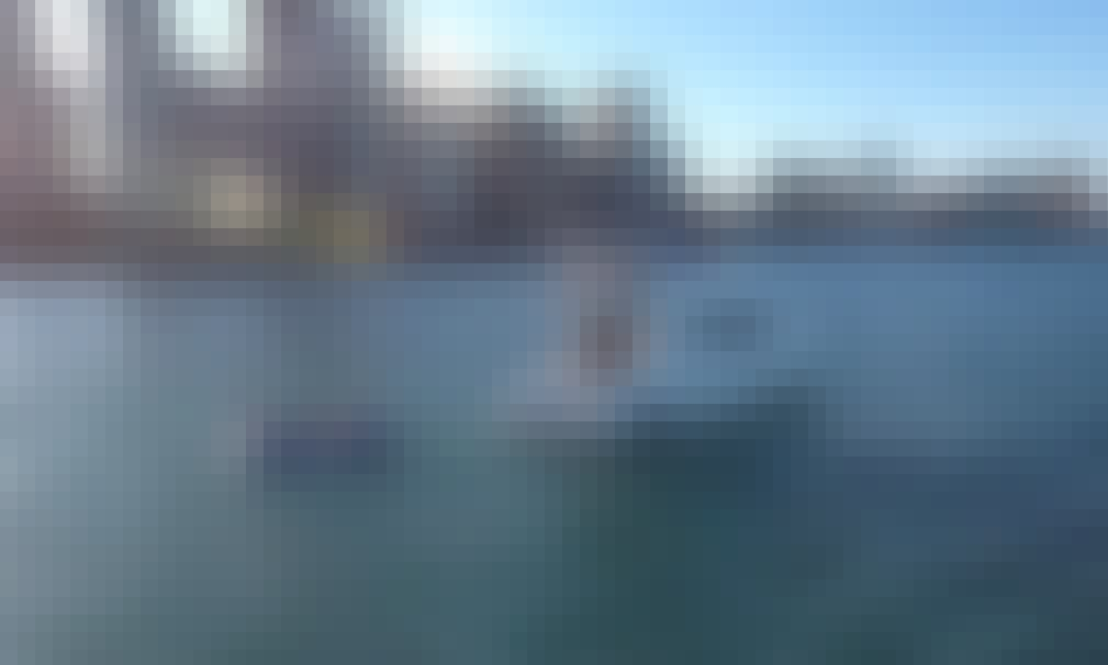 Multi level Luxury Yacht Rental in Chicago, Illinois