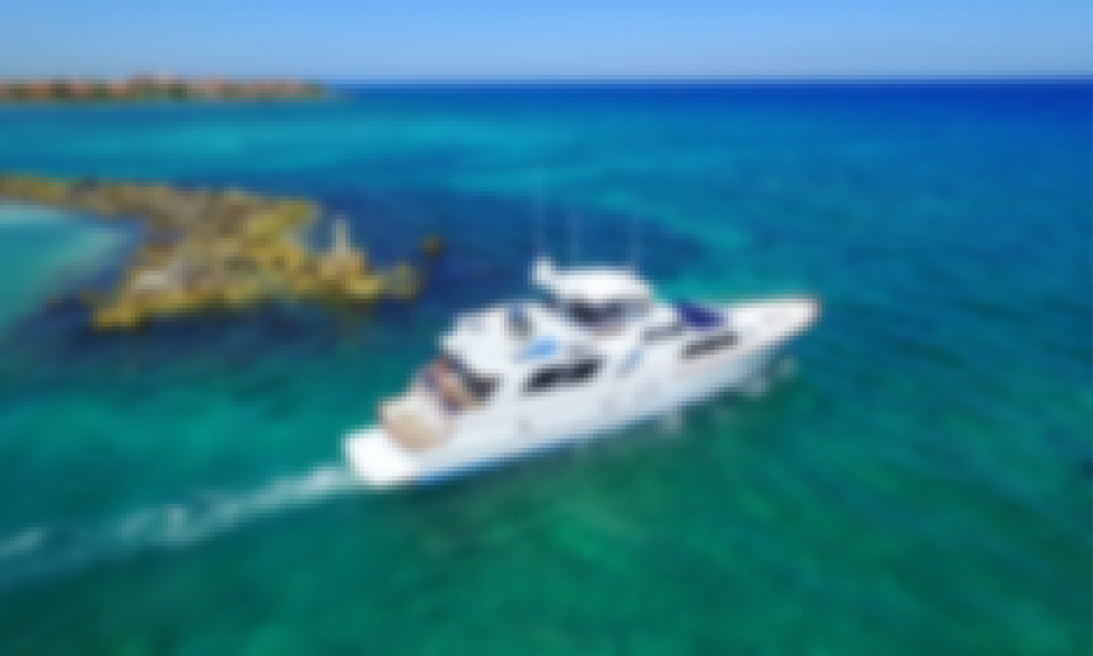 80' Private Yacht Charter For Rent In (Tulum) - Burger Model