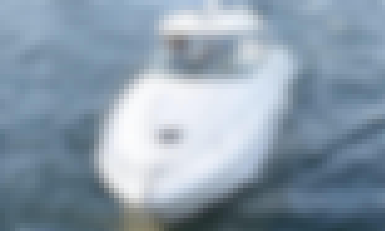 40ft Luxurious Sea Ray Sundancer Yacht, Minimum 4 hours. The best value!!!!