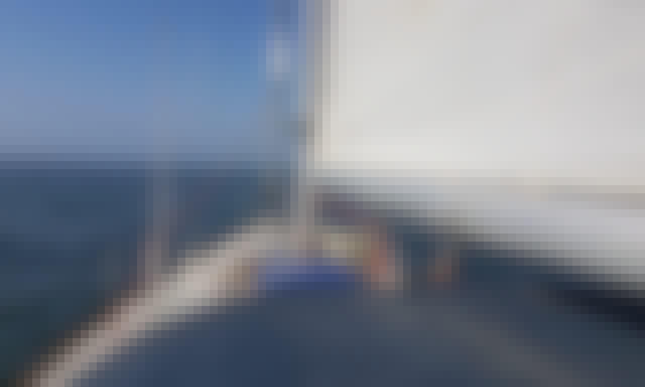 37' Tartan Sailing Yacht Rental in Ica, Peru