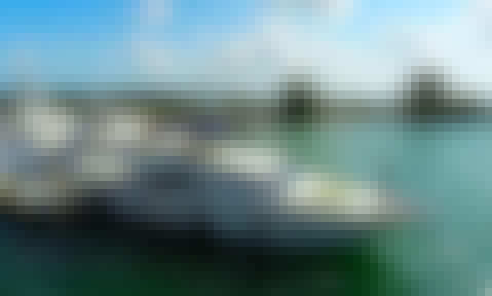 80' Ferretti Flybridge Power Mega Yacht Rental in Miami Beach