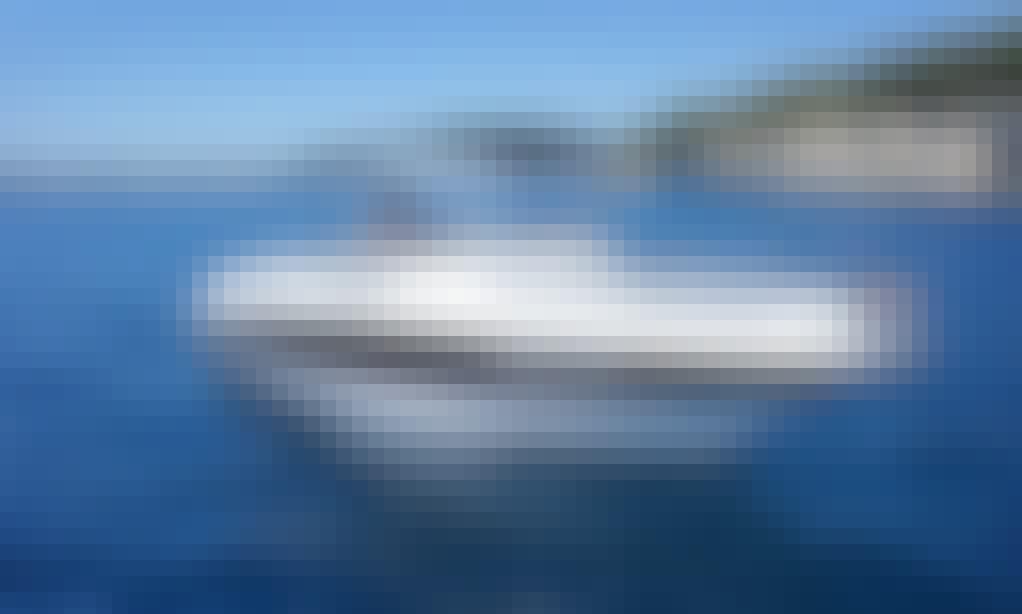 Bayliner Avanti 8 Boat Rental in Zadarska županija, Croatia