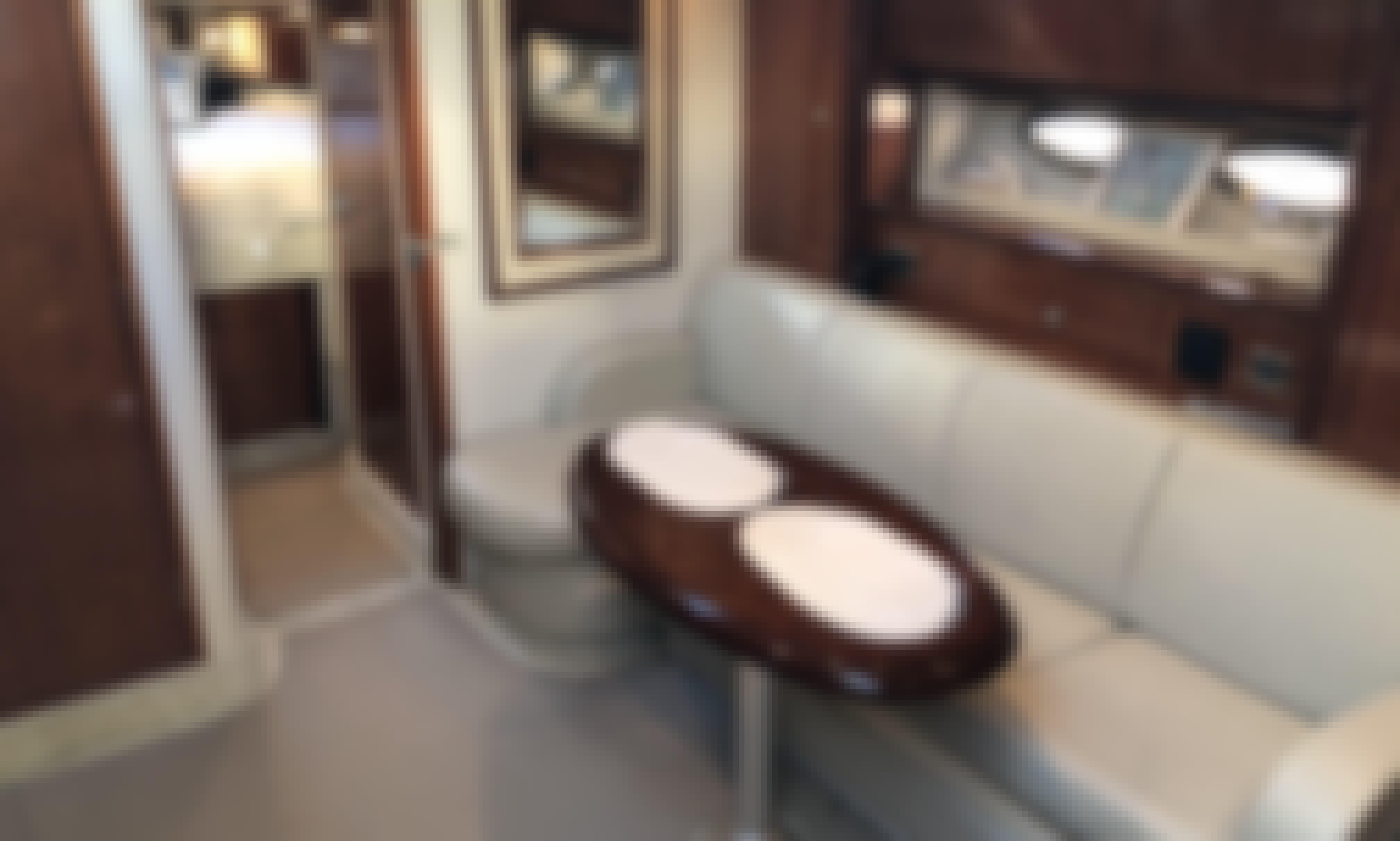 Charter 41' Sea Ray Sundancer in Great South Bay, Fire Island & Sag Harbor for Day Trips