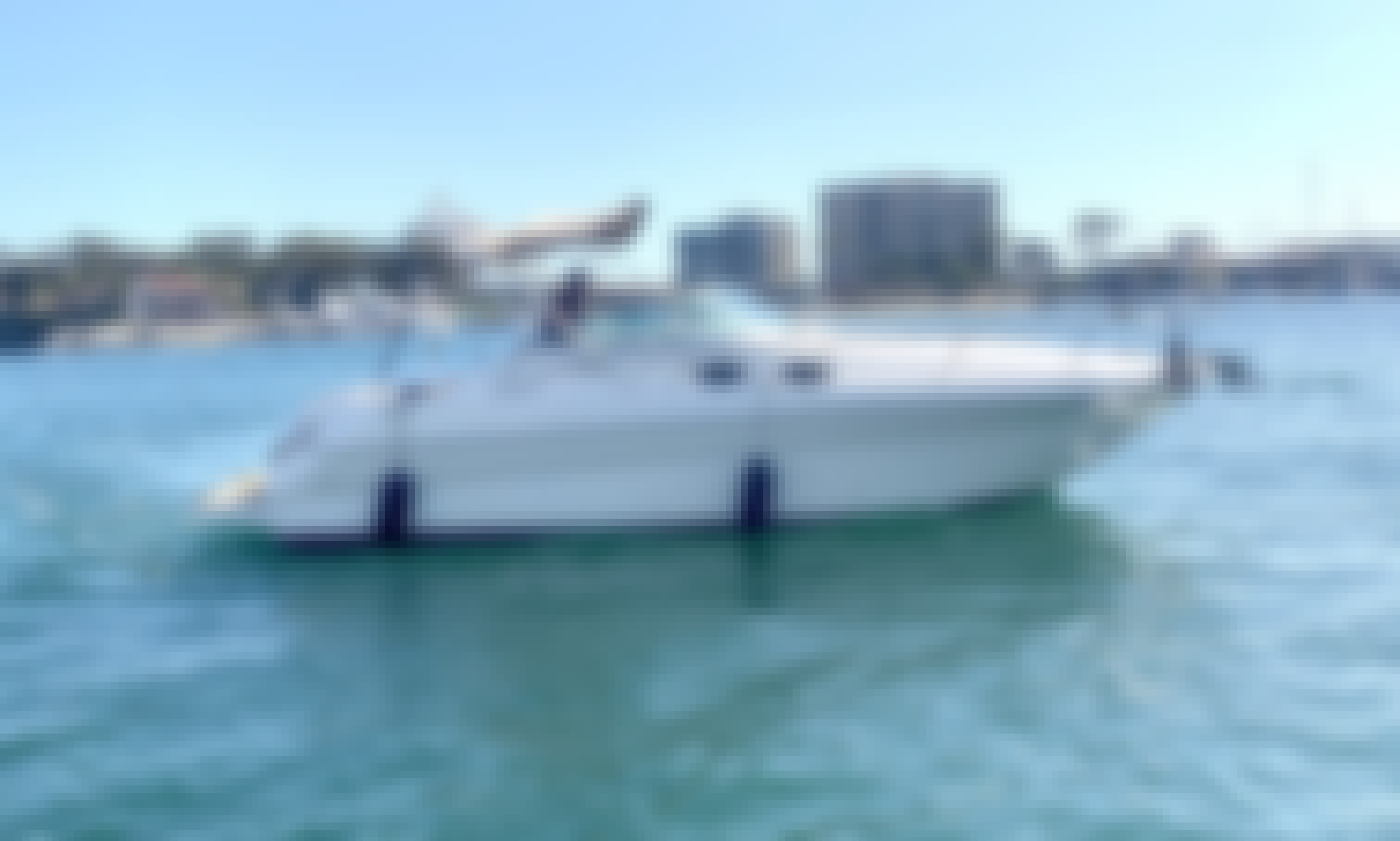 Luxury 28' Sea Ray Sundancer for rent in Newport Beach