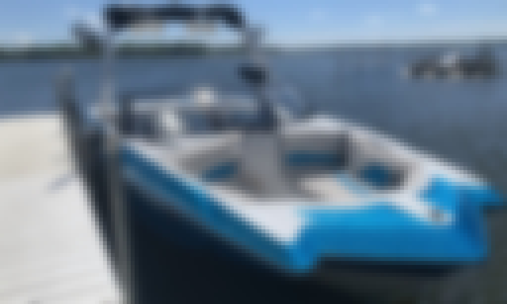 Stylish Axis T22 Wake Surf Boat in Lake Havasu City!