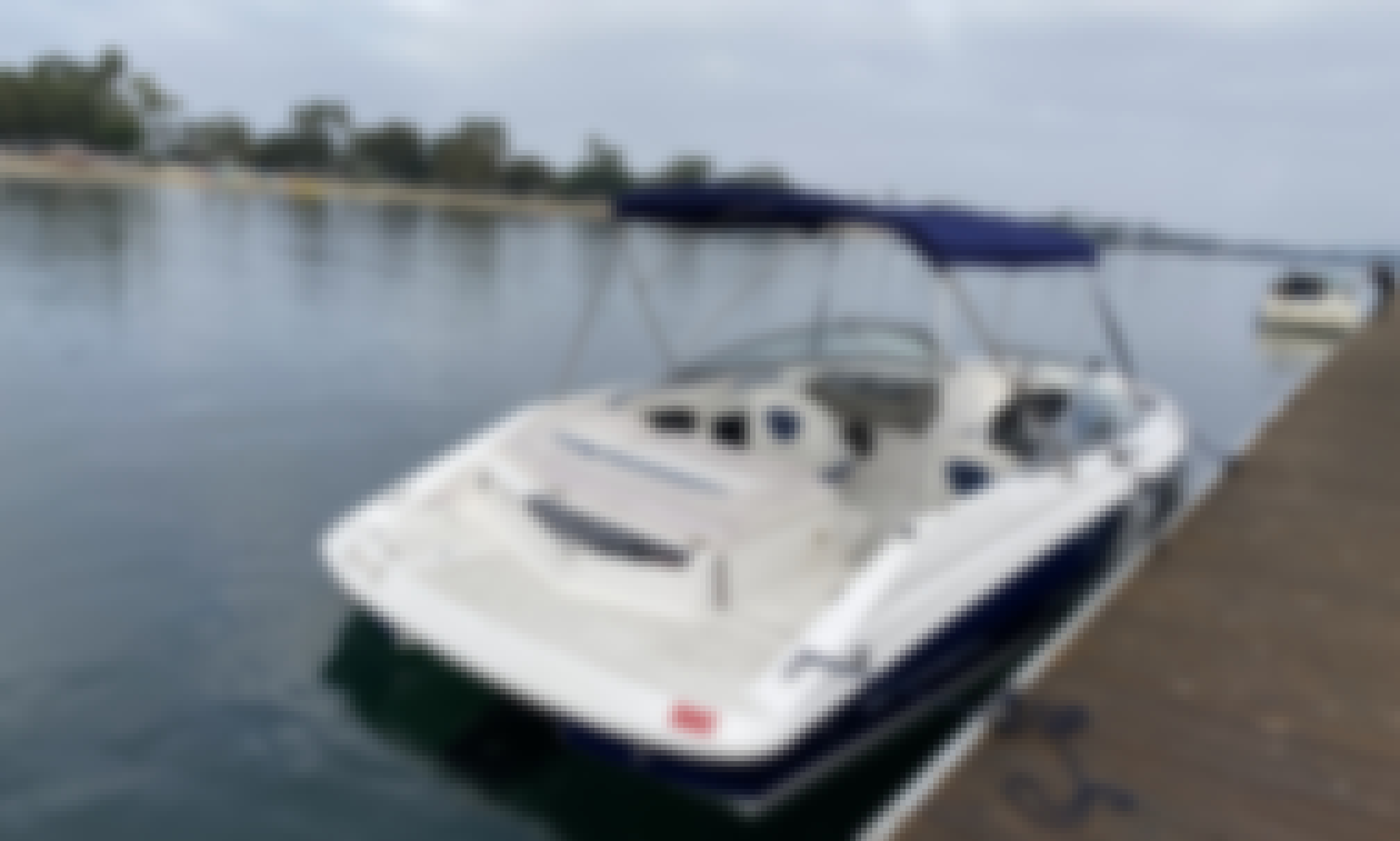 Regal Bowrider Boat for Wakeboarding, Tubing, Fishing, Or Cruising in Castaic, CA! (no fuel charge)