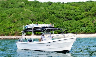 Charter the 33' Neptuno Powerboat for your next adventure!