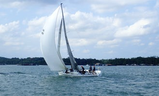 Racing Sailboat Experience On FARR 30' in Singapore
